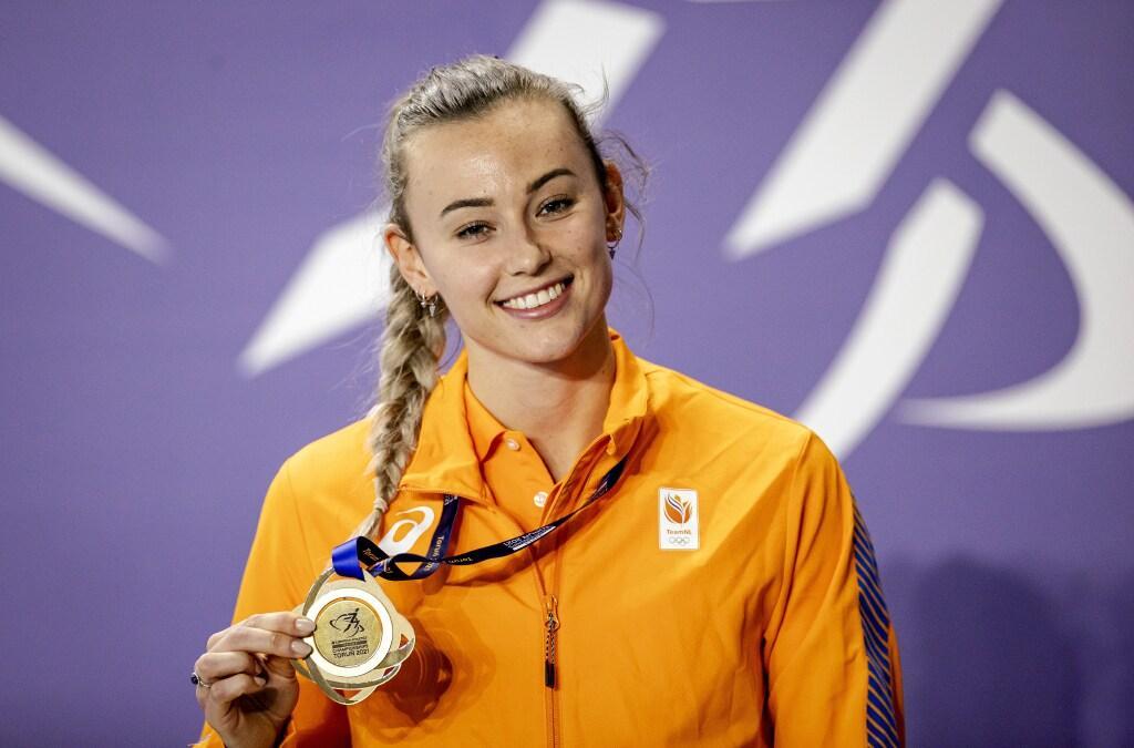 Atlete Nadine Visser stond 'aan' in finale 60 meter horden: supermooie medaille en tijd