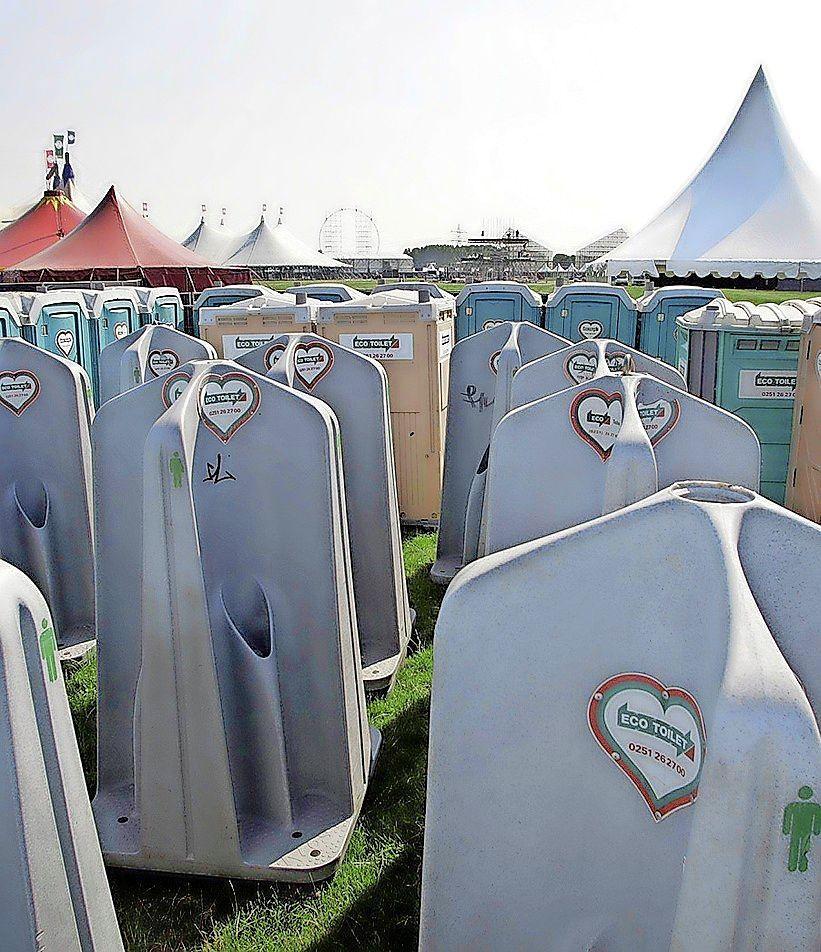 Eco Toilet van Beverwijker Dick Burger in andere handen. 'We kunnen nu de Europese klanten nog beter bedienen'