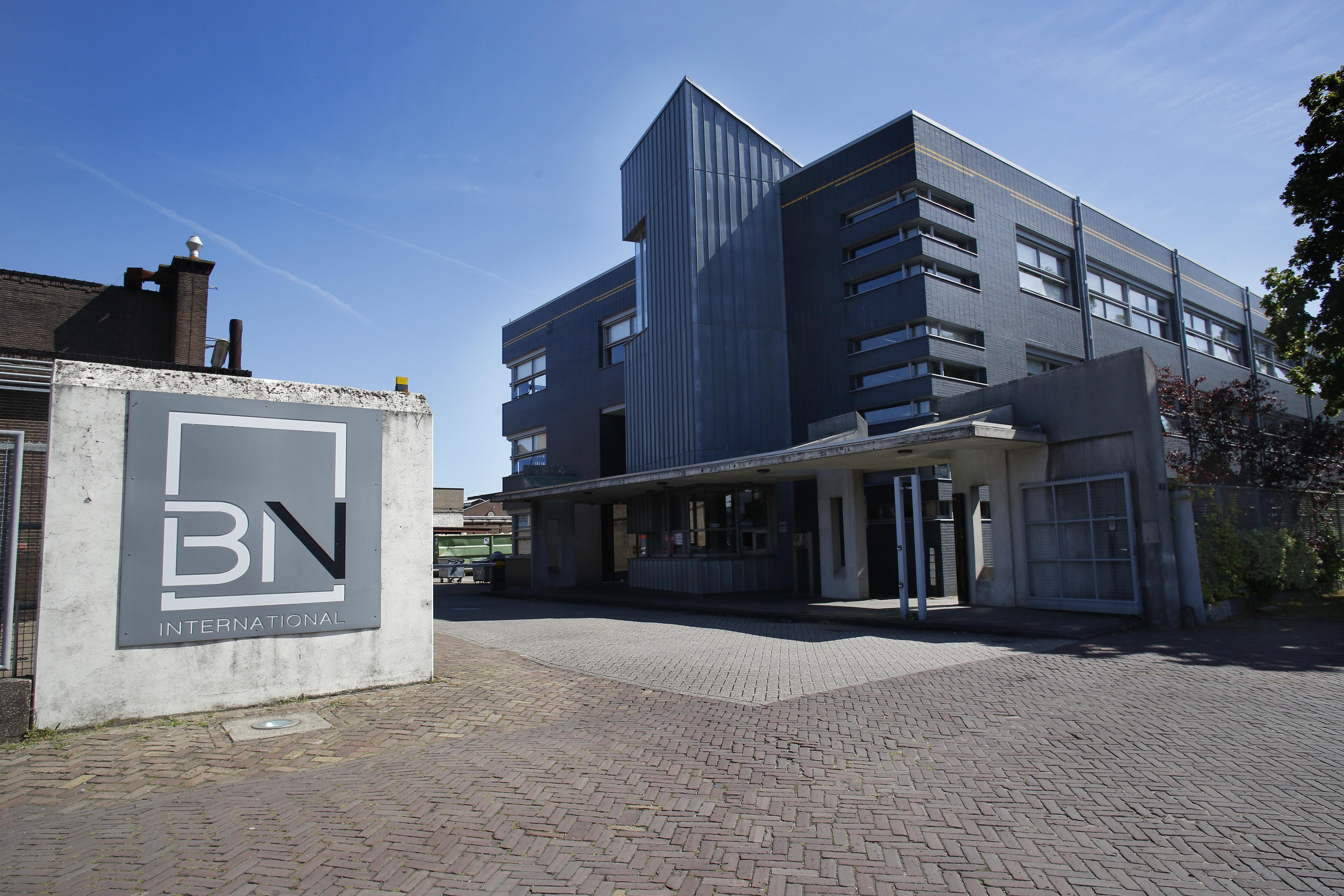 BN International in Huizen schrapt 60 van de 200 banen, externe financier gaat bedrijf overnemen