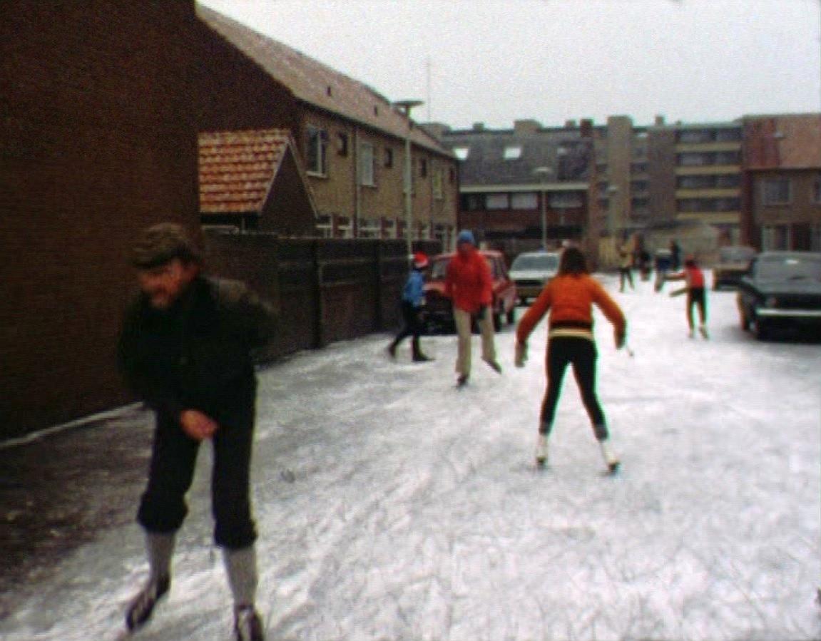 Bewegen Verleden: Schaatsen op straat, 1979 [video]