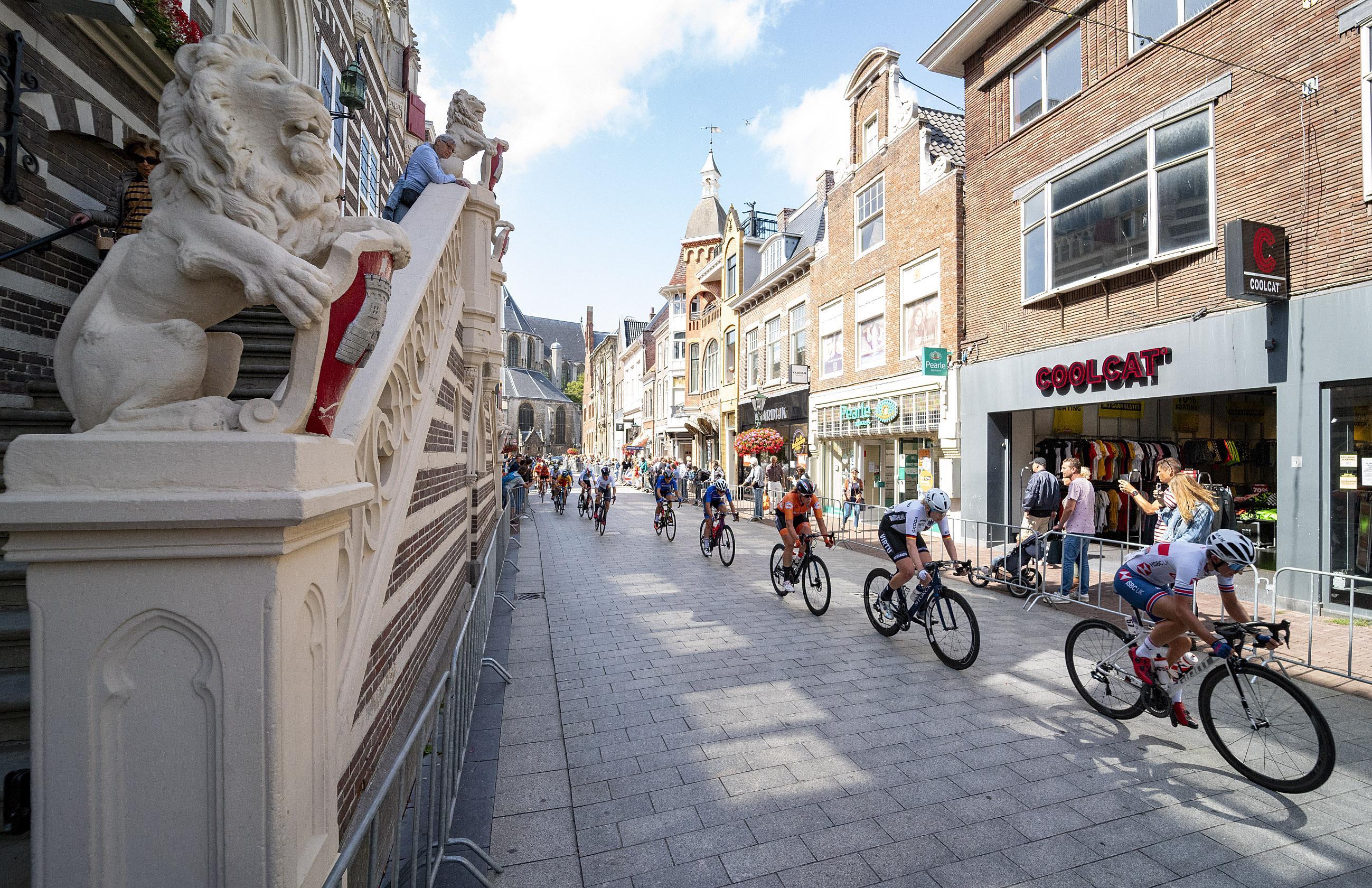 Alkmaar kan fluiten naar een miljoen euro. EK Wielrennen van 2019 was en is nog steeds geen topevenement, oordeelt ministerie na bezwaar