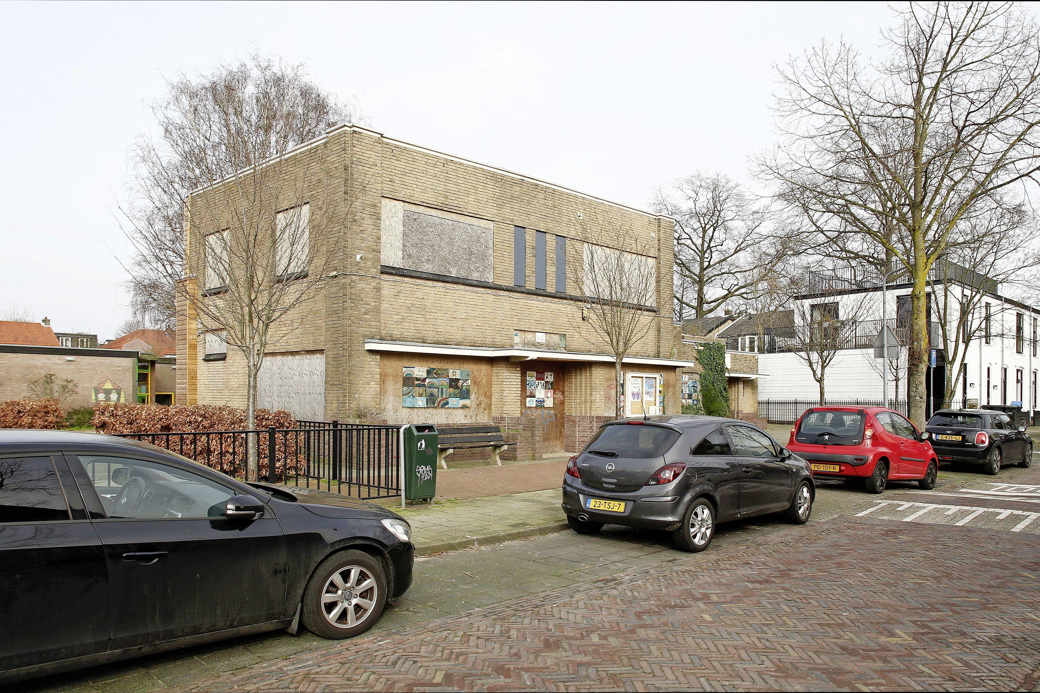 Bouw De Nieuwe Lelie in september 2022 van start. Onderzoek naar jongerencentrum in multifunctioneel gebouw op plek afgebrand Hilversums buurthuis