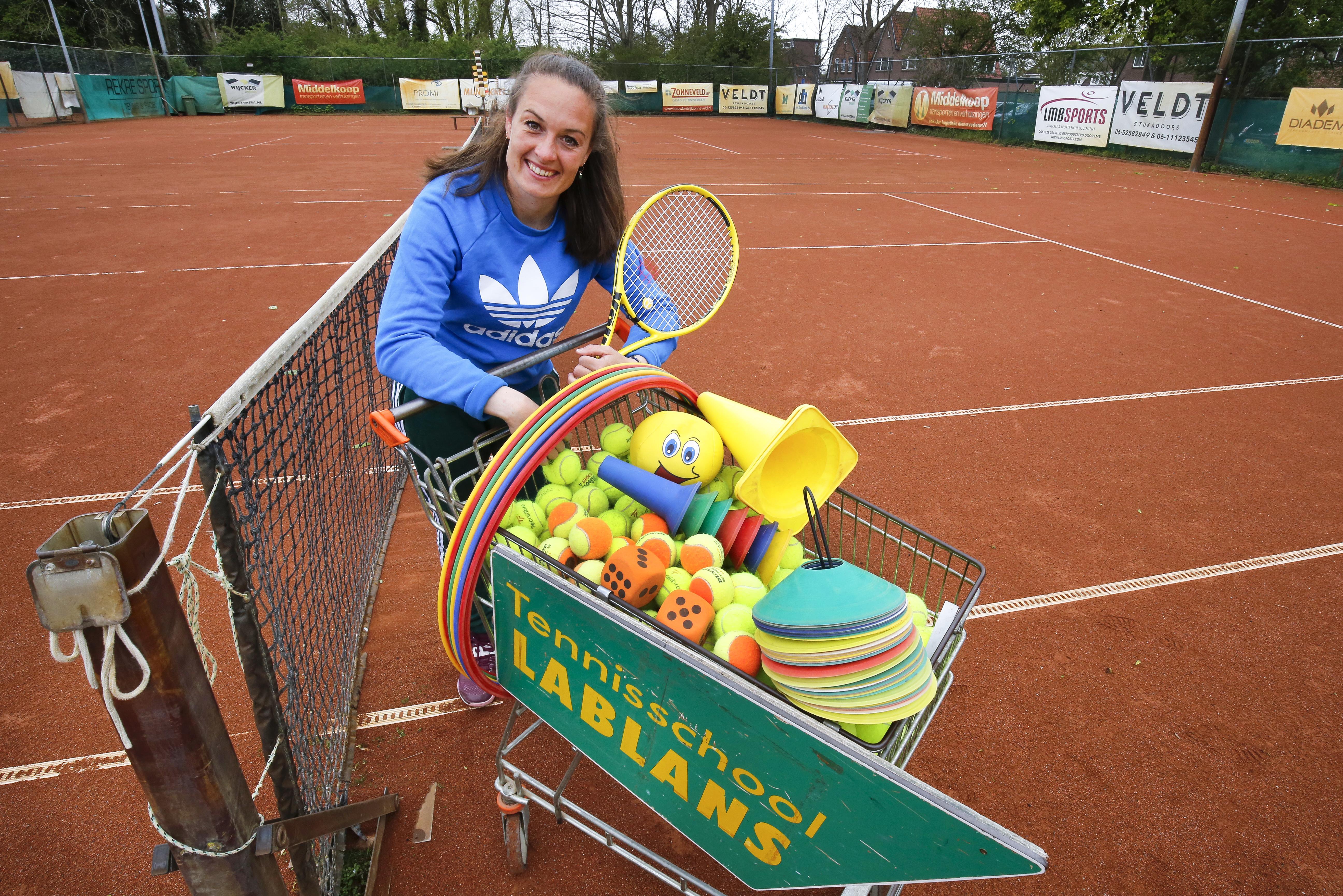 Claire Lablans (33) heeft nog geen genoeg van tennis. Ze behoorde bij de beste van Nederland en probeerde internationaal door te breken. Nu heeft ze een eigen tennisschool