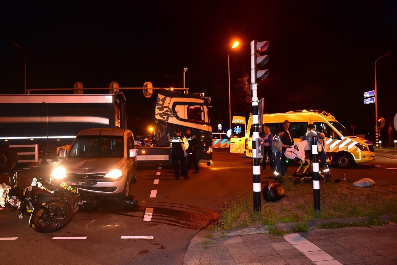 Motorrijder gewond bij aanrijding op kruising N44 in Wassenaar