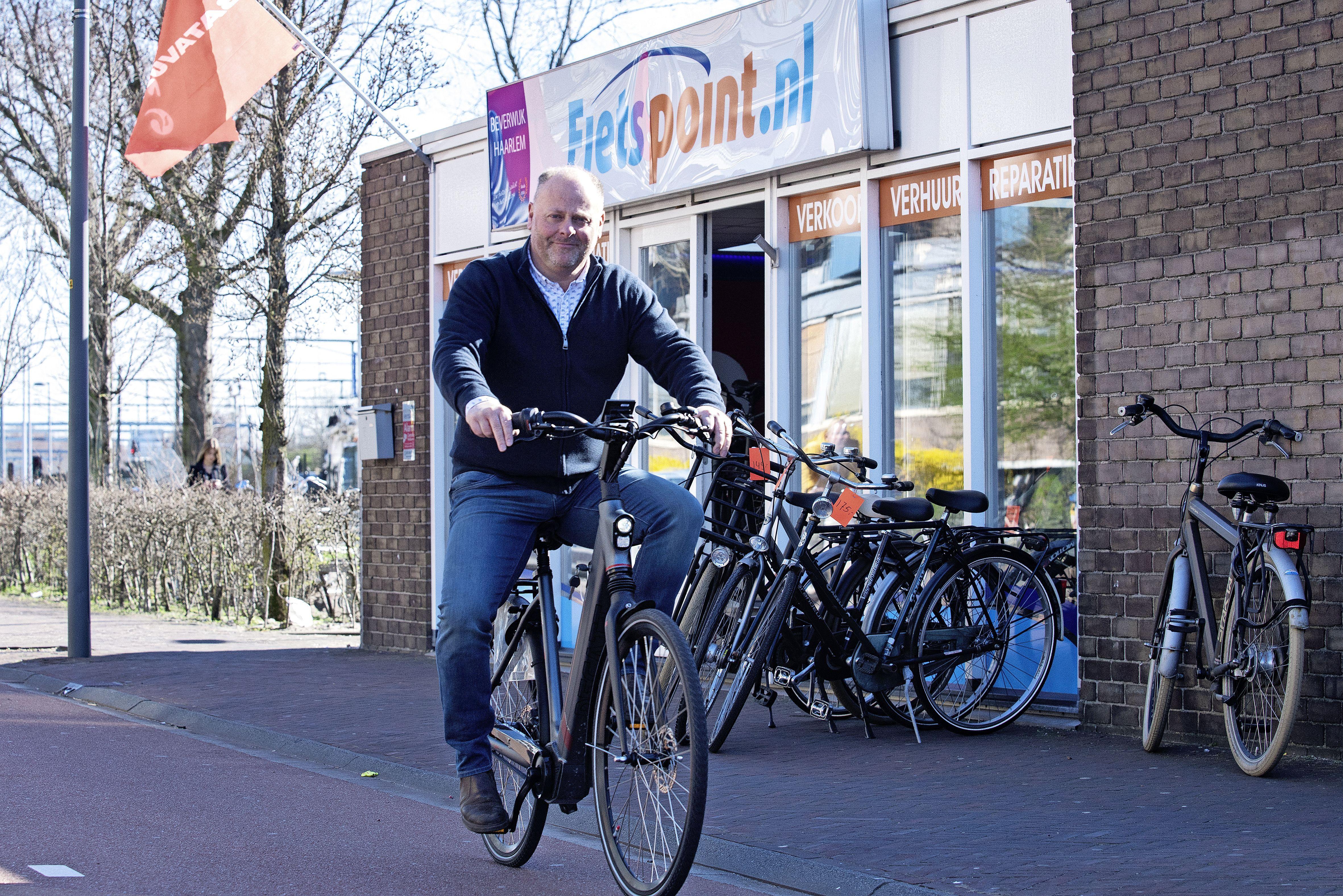 Willie Wortel in fietsenland valt met zelfontworpen e-bike in de prijzen. Eentje die robuuster en meer vermogen heeft dan de doorsnee elektrische fiets