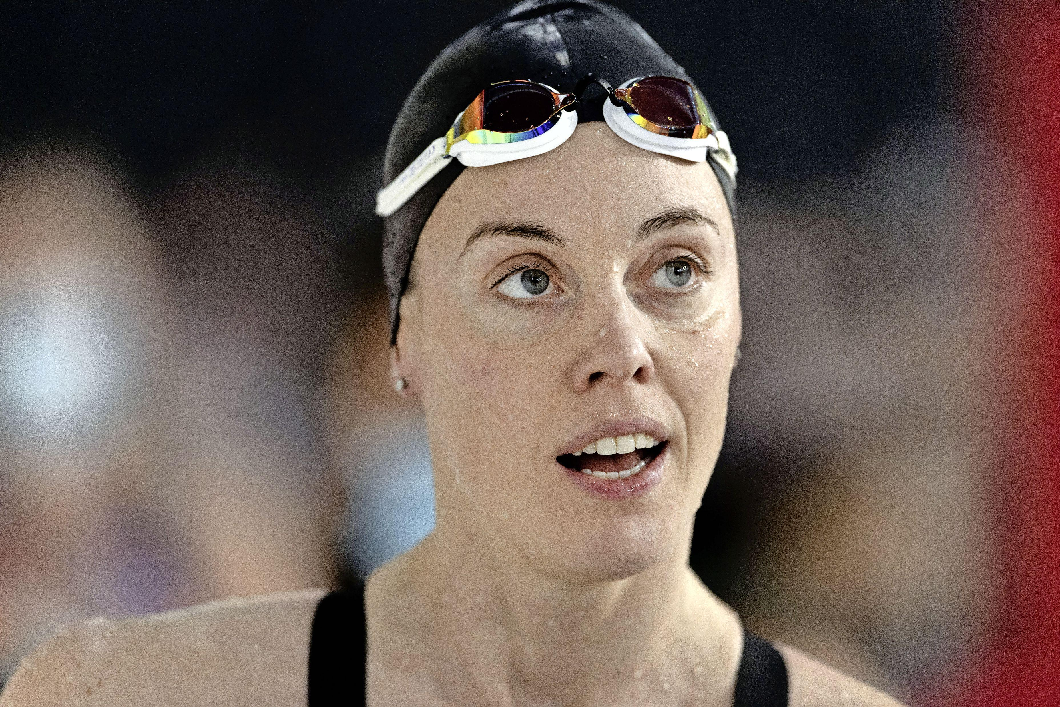 Zwemster Kromowidjojo klopt Heemskerk op 100 meter vrije slag, Arno Kamminga wint 100 meter schoolslag [video]