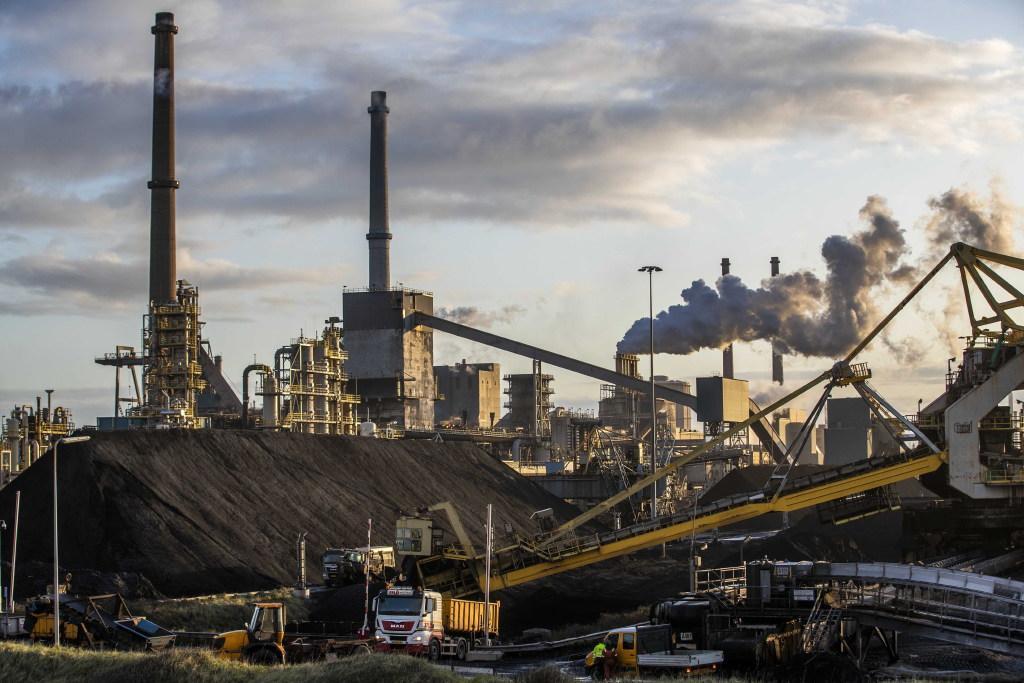 Gemeenteraden IJmond eisen gedrieën het meest uitgebreide gezondheidsonderzoek ooit in wijken rond Tata Steel