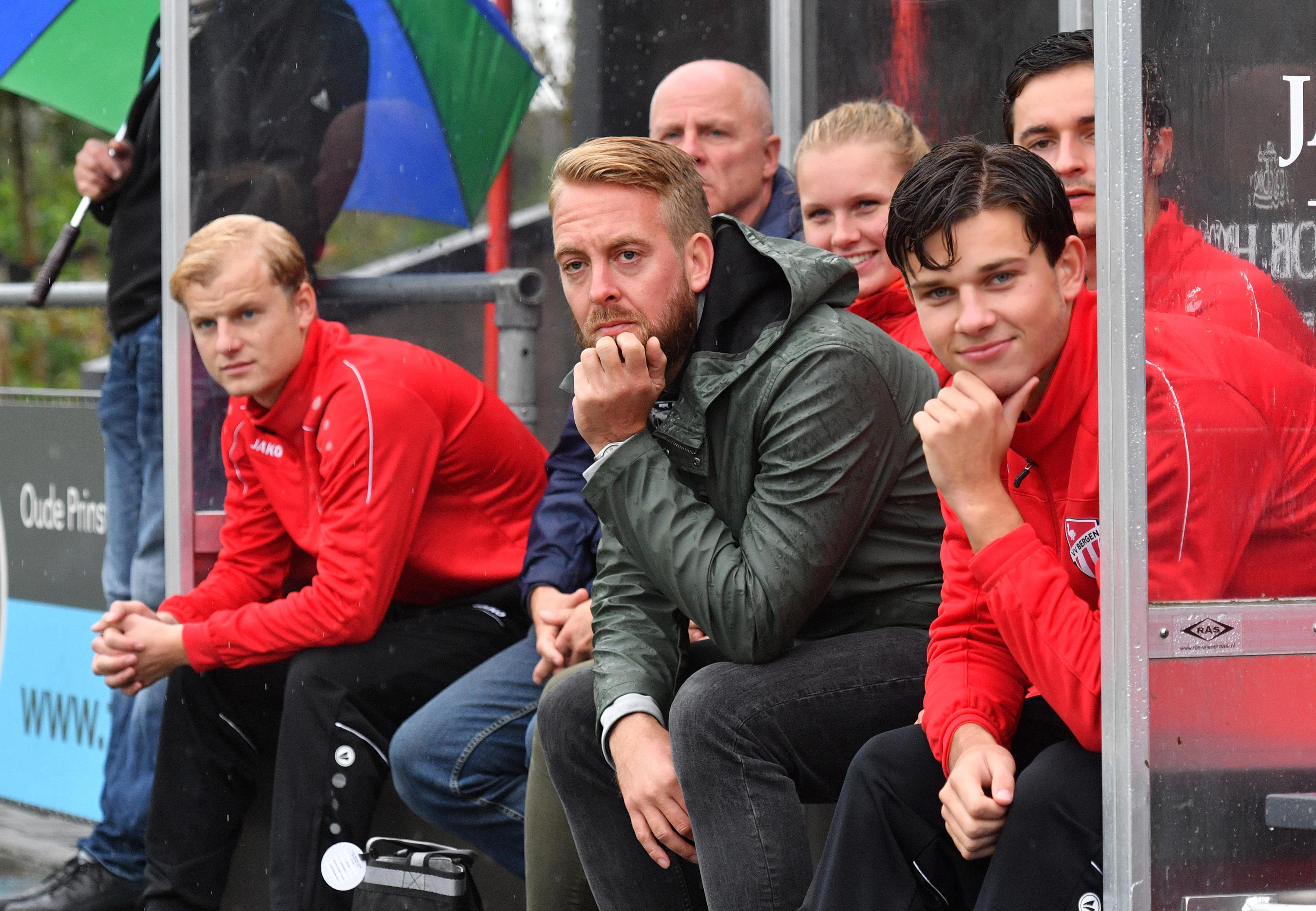 Djordi Hopman verrast VV Bergen met zijn besluit om na dit voetbalseizoen te stoppen als hoofdtrainer