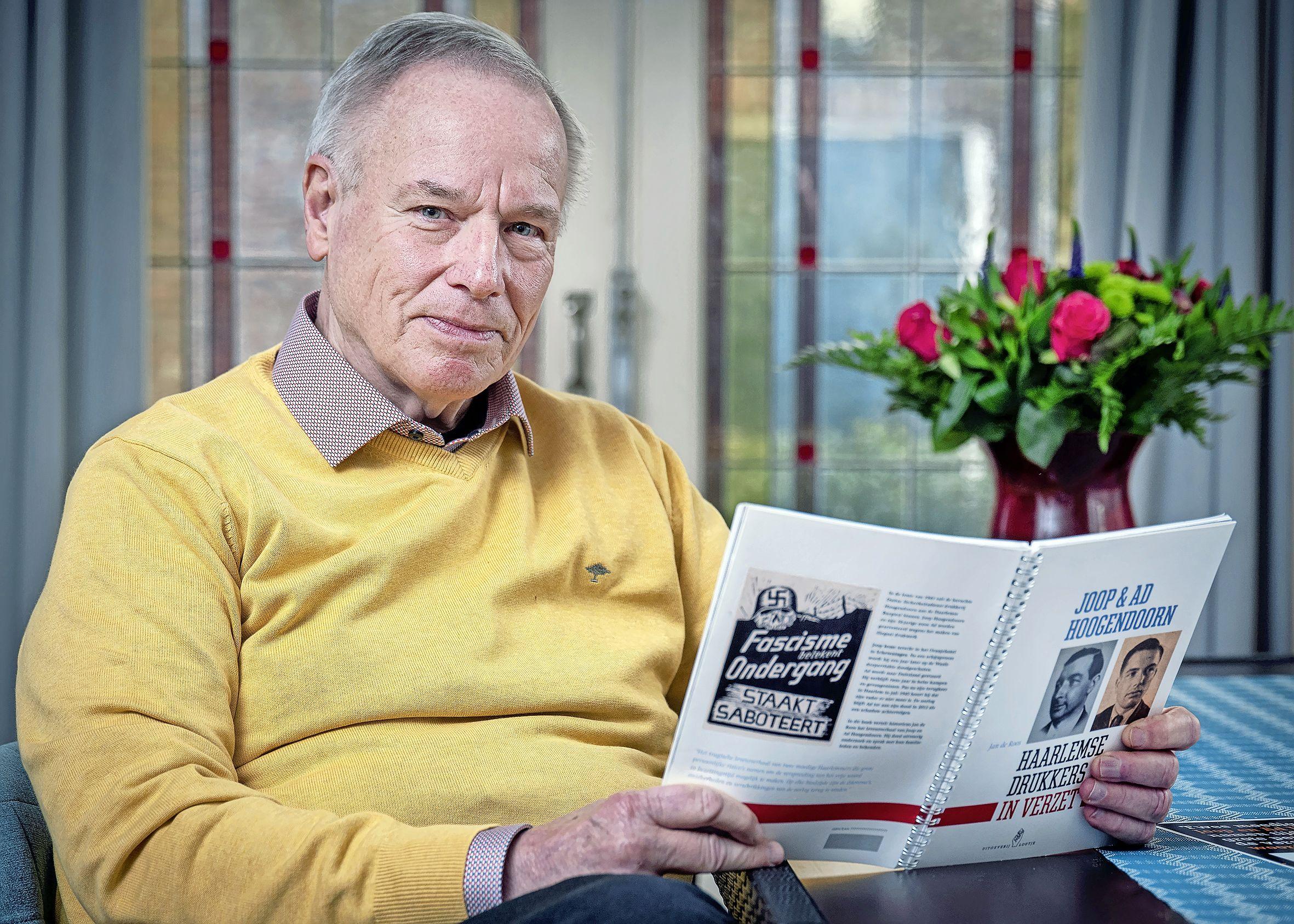 De Hoogendoorns werden in de oorlog opgepakt, zoon Ad overleeft het, vader Joop niet; boek is eerbetoon aan hen en andere drukkers in het Haarlems verzet