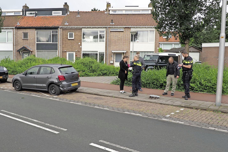 Automobilist rijdt door na stevige botsing in IJmuiden, voertuig later verlaten teruggevonden