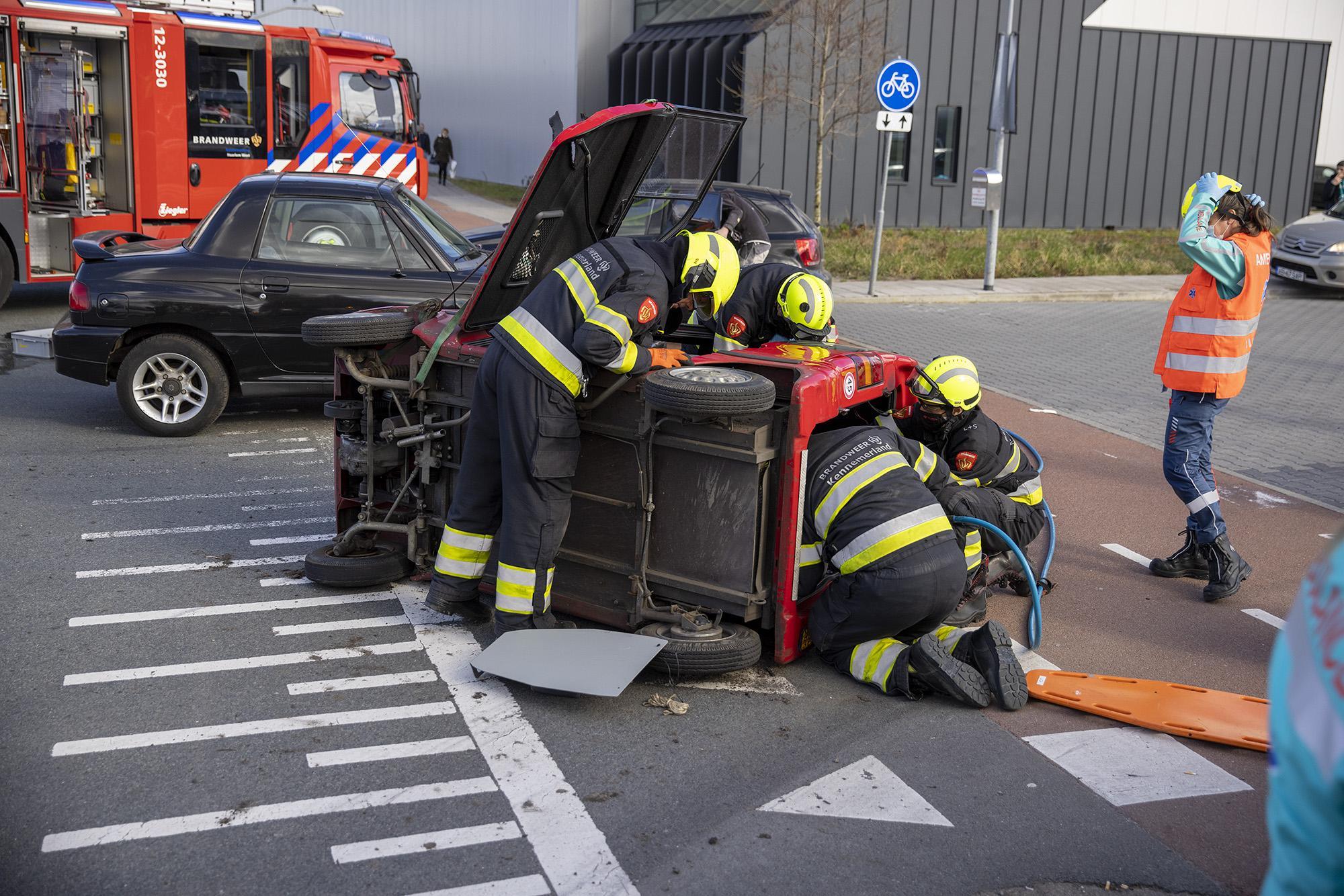 Vrouw in brommobiel gewond bij ongeluk in Haarlem
