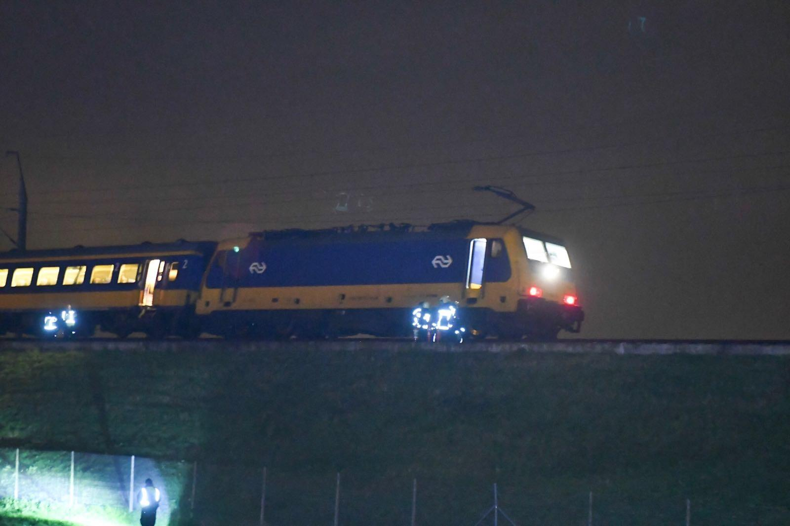 Vastgelopen trein op HSL-traject bij Hoogmade zorgt voor vertraging
