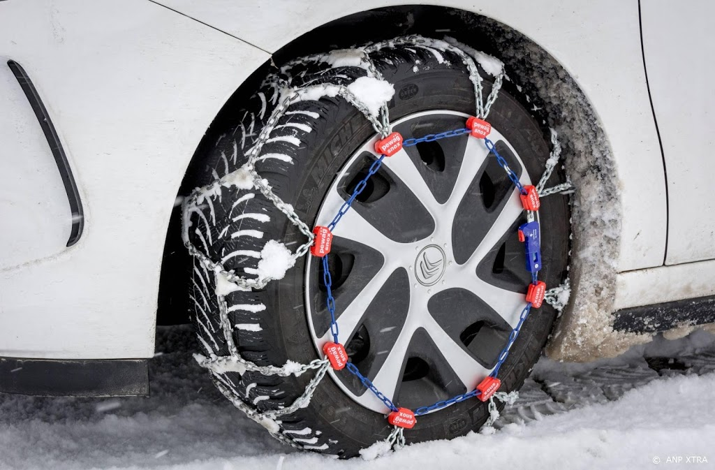 'Half miljoen auto's nog op winterbanden'