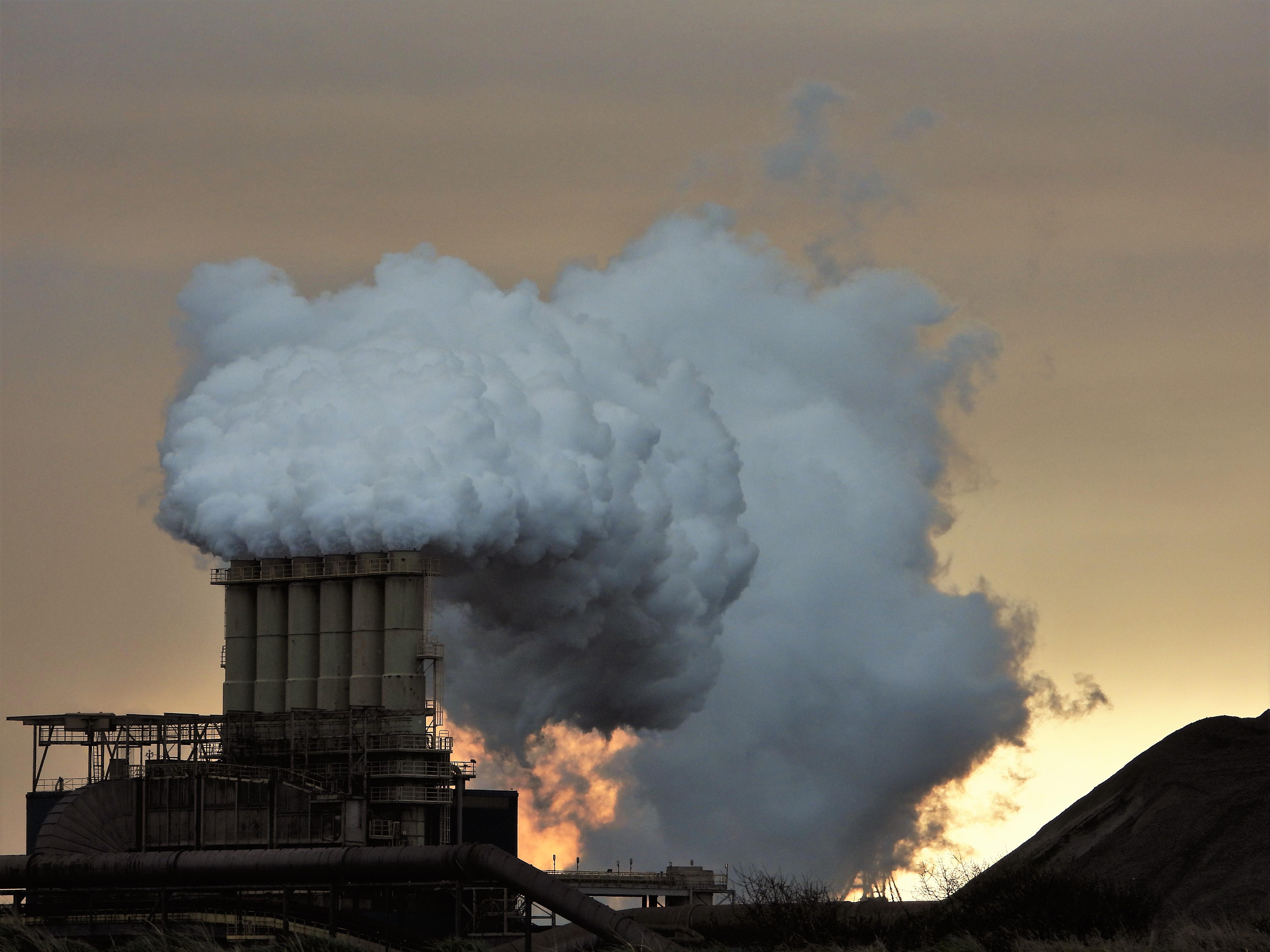 Hoorcommissie beslecht dispuut: Tata is compleet 'ISO-gecertificeerd' en overtreedt niet de omgevingsvergunning