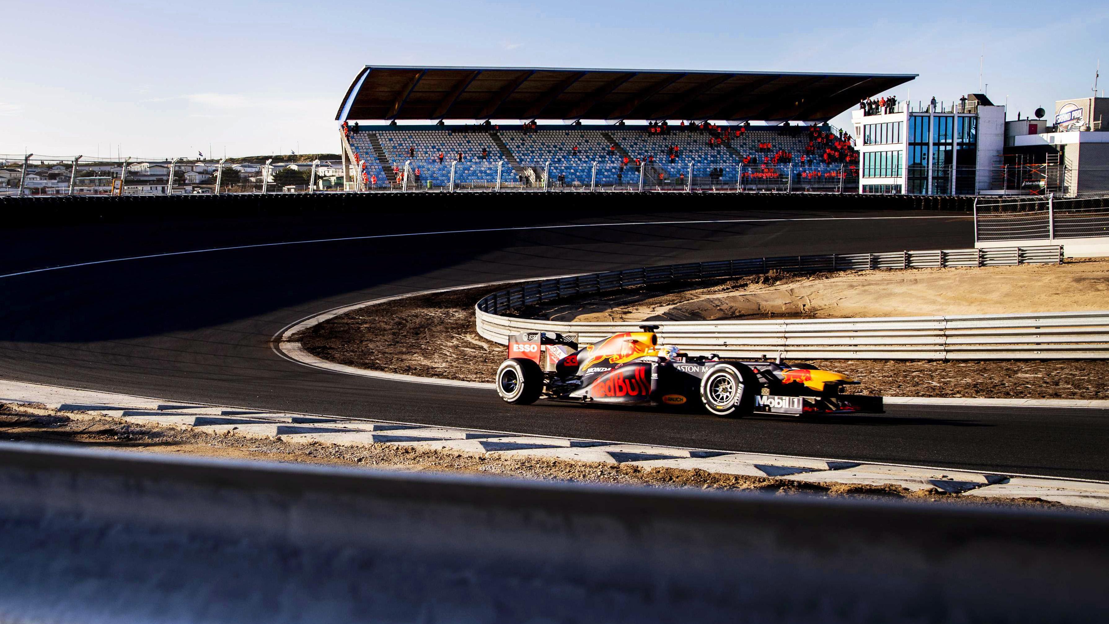 Voor circuit Zandvoort is race in 2020 nog steeds mogelijk: 'We kunnen in vier tot 6 weken klaar zijn voor race, ook zonder publiek'