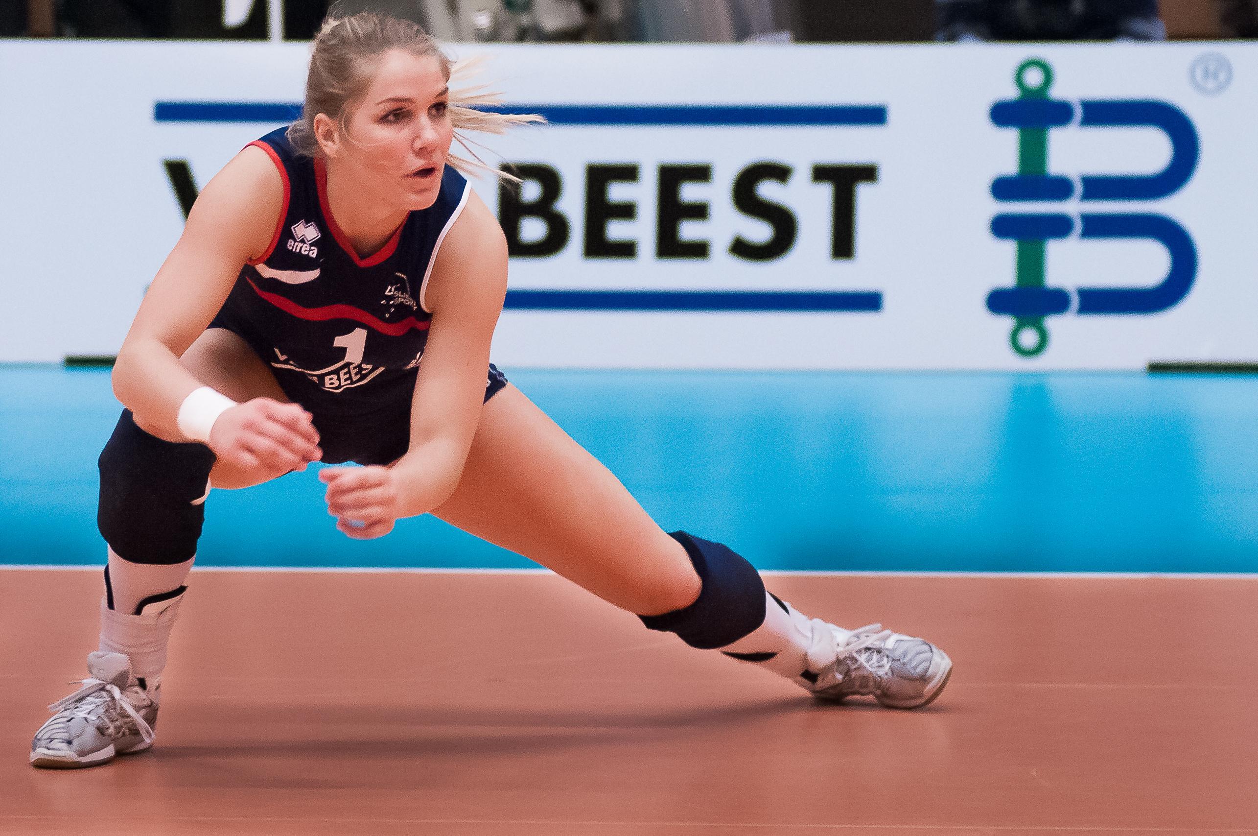 Kirsten Knip verkiest privégeluk nu even boven spelen op een hoger niveau: 'Toen ik twintig was moest alles wijken voor het volleybal. Nu merk ik dat andere dingen belangrijker worden'