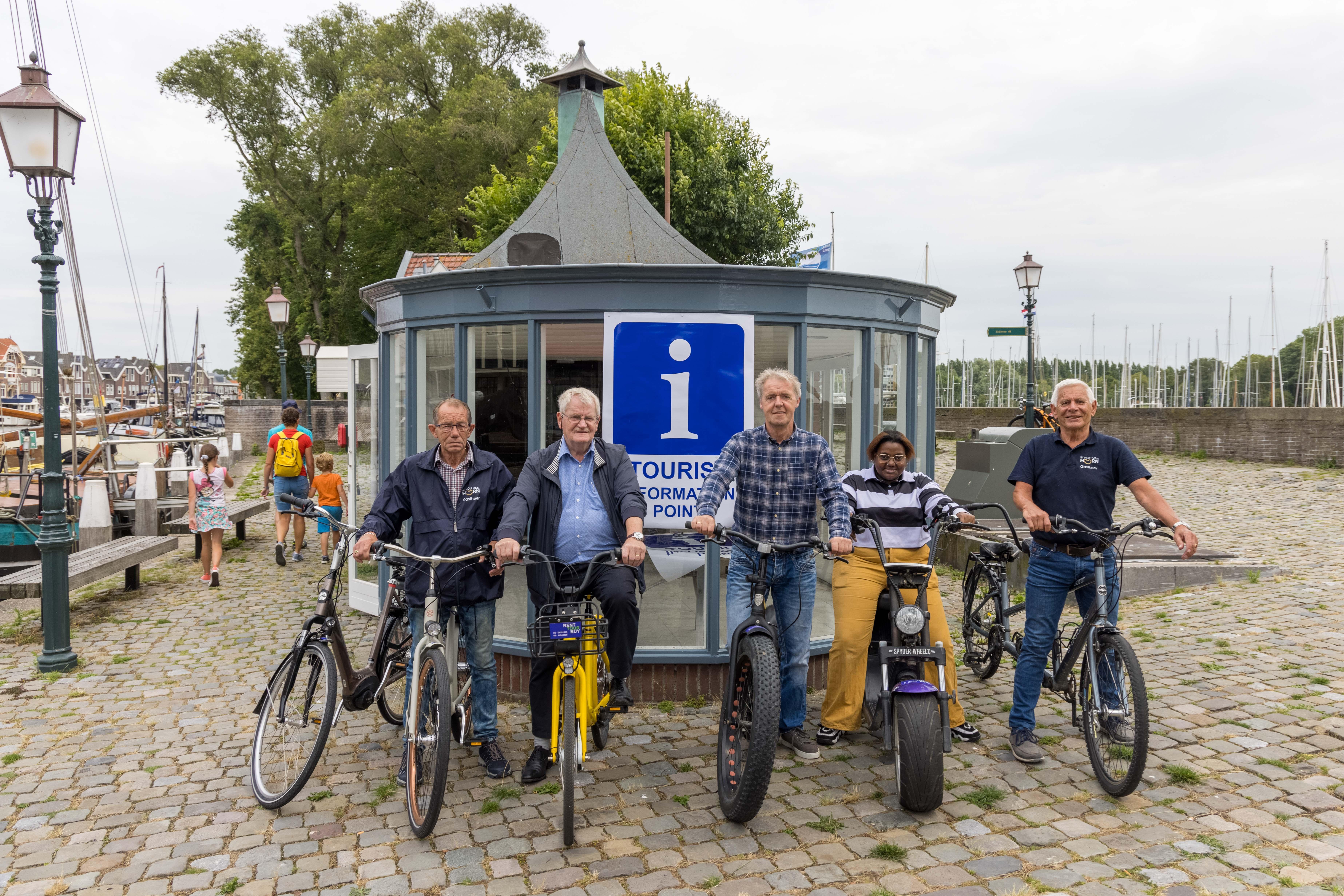 Bob Besselink over Hoorns Informatiepunt: 'Ik ga daar geen ordinaire fietsenstalling neerzetten. Als Horinees wil ik iets doen voor mijn dorp, laten zien hoe mooi Hoorn is'