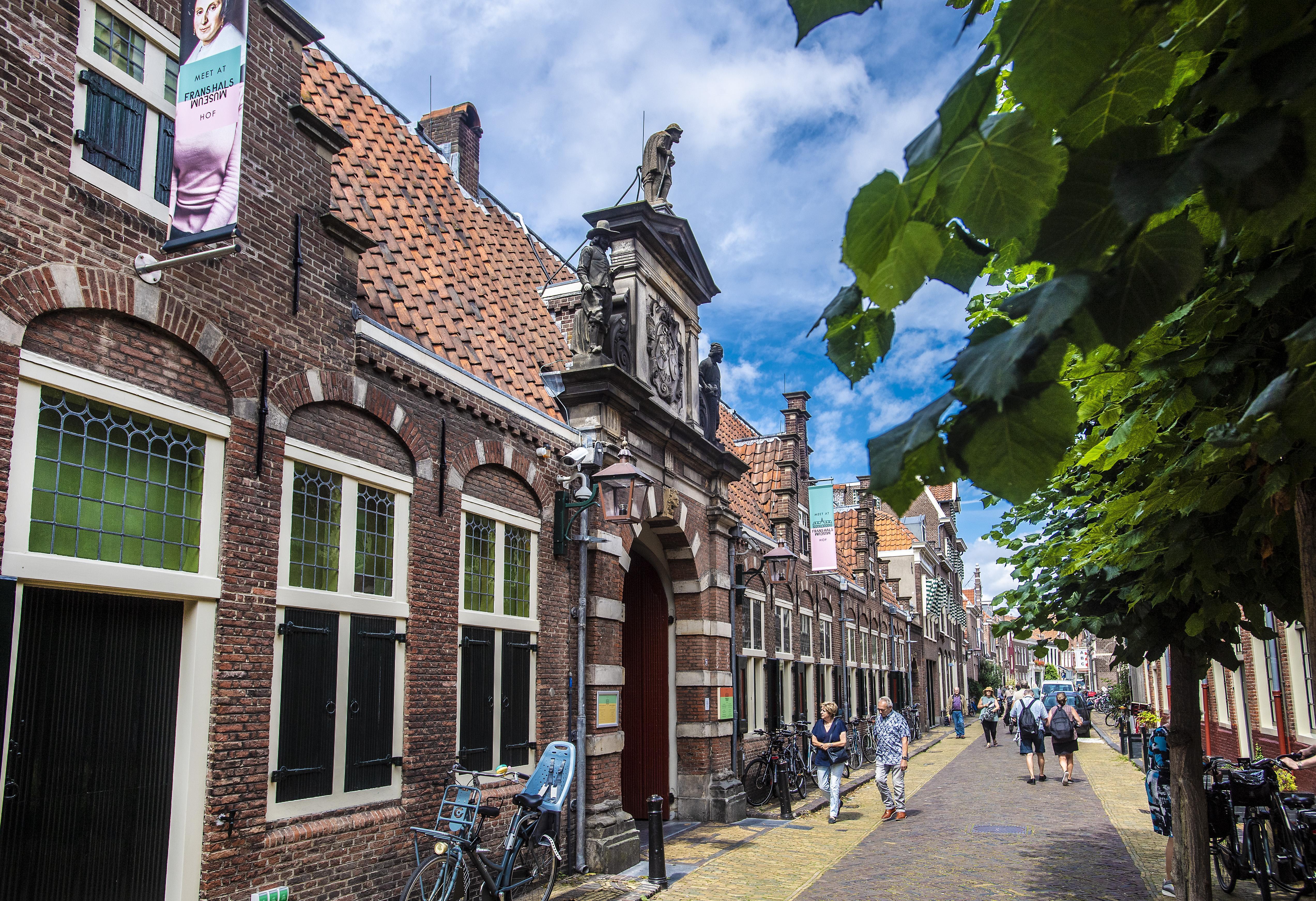 Frans Hals-lezing 1 september live op Zoom. Begraafplaats schilder dit jaar geen optie