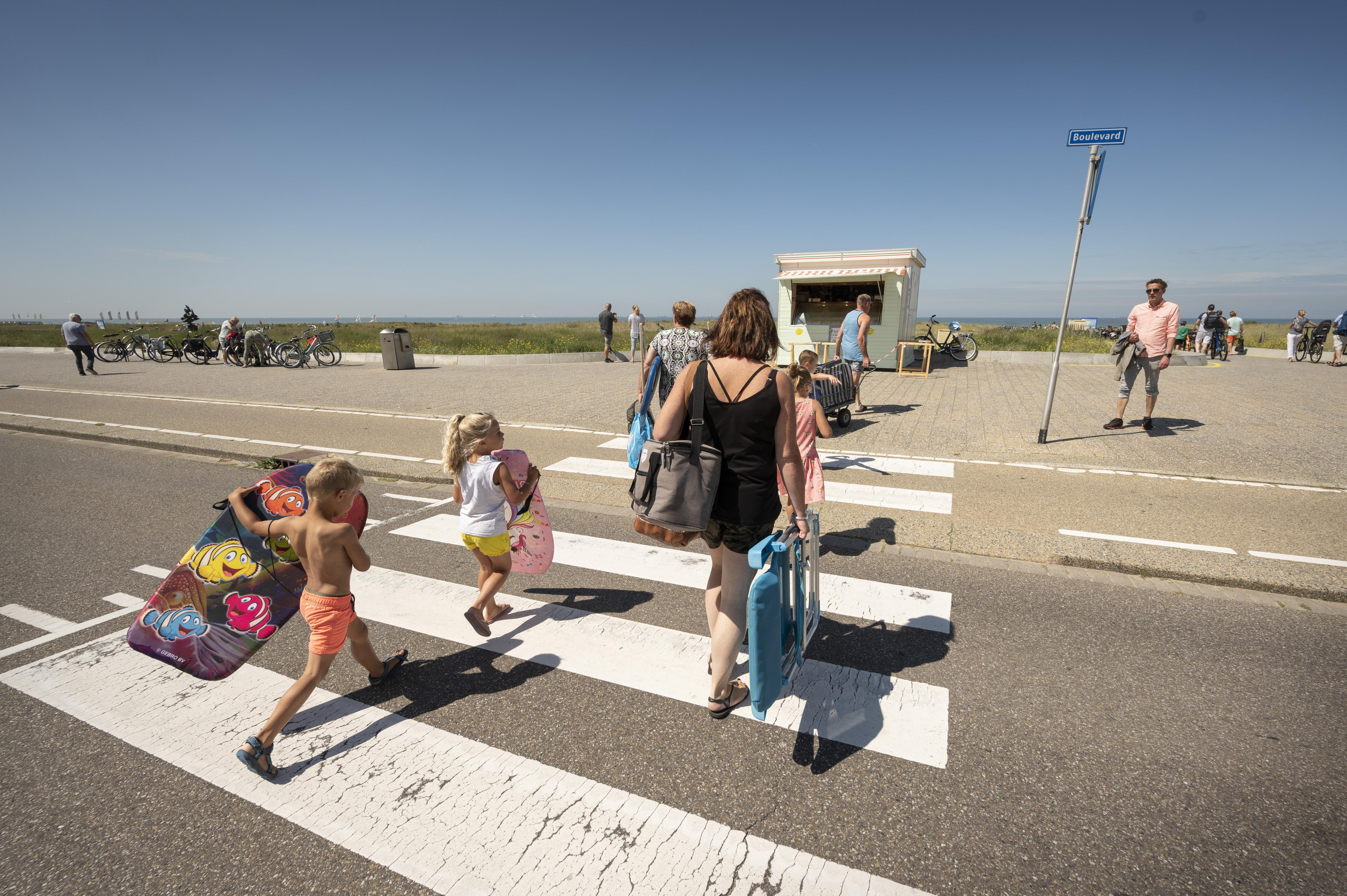 Aantal ongelukken op Katwijkse Boulevard drastisch afgenomen door schuin afzagen 'randje'