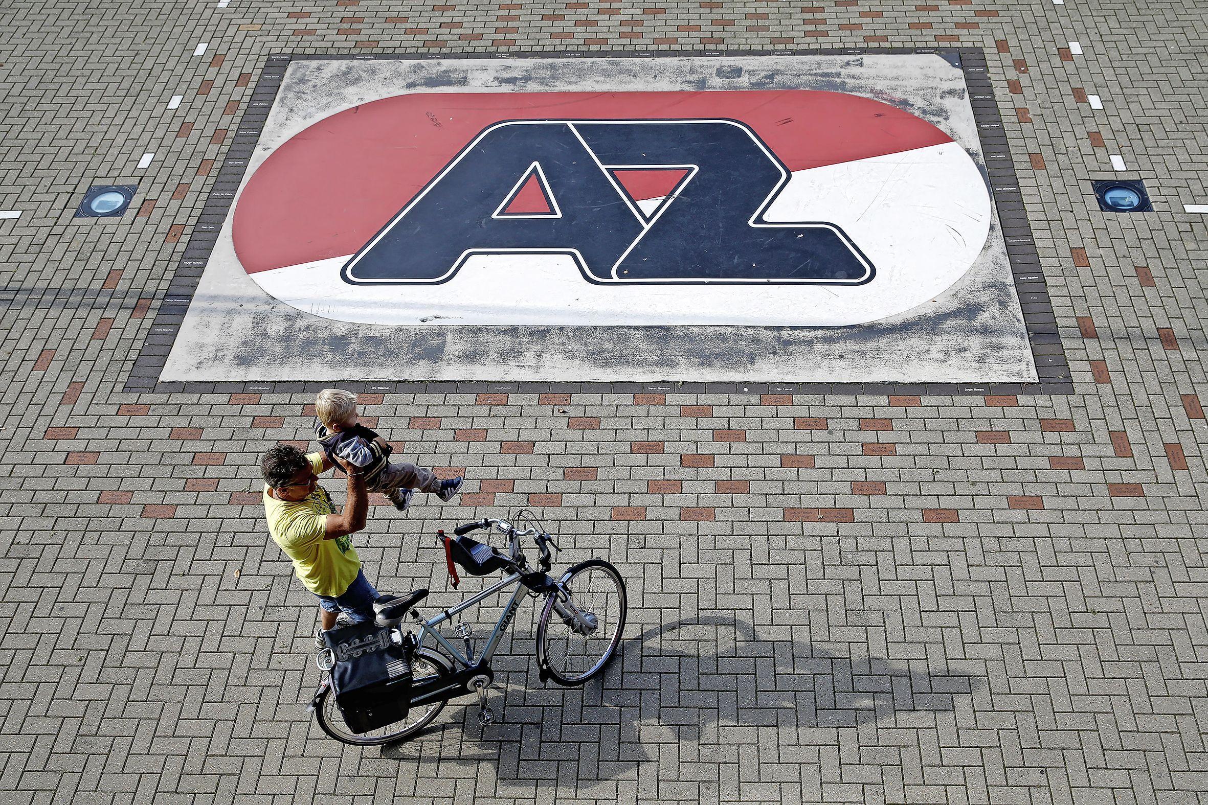 Mogelijke kampioenswedstrijd van Ajax tegen AZ verplaatst naar 14.30 uur vanwege avondklok