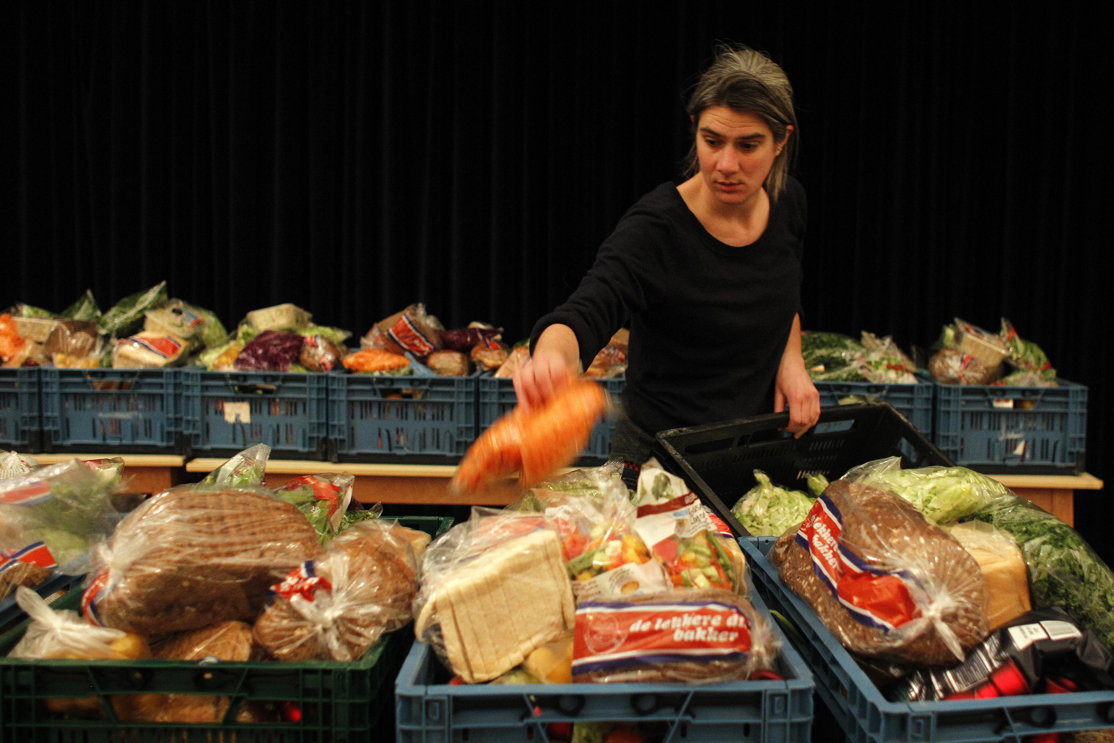 Buikpijn van armoedecijfers: in Velsen-Noord groeit een op de vier kinderen arm op, in de Zee- en Duinwijk een op de vijf