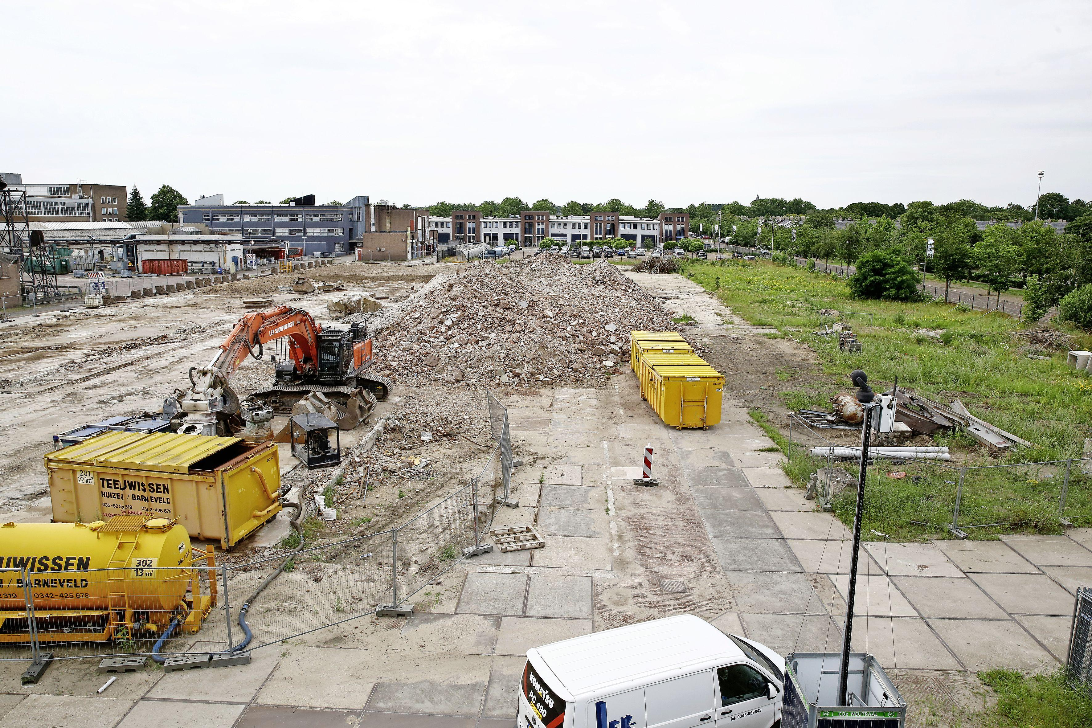 Coronel is tweede koper BNI-grond in Huizen. 'Levendiger Havenstraat-gebied' met indoor-kartbaan en klimhal; 'Wij ontvangen 70 duizend gasten per jaar'