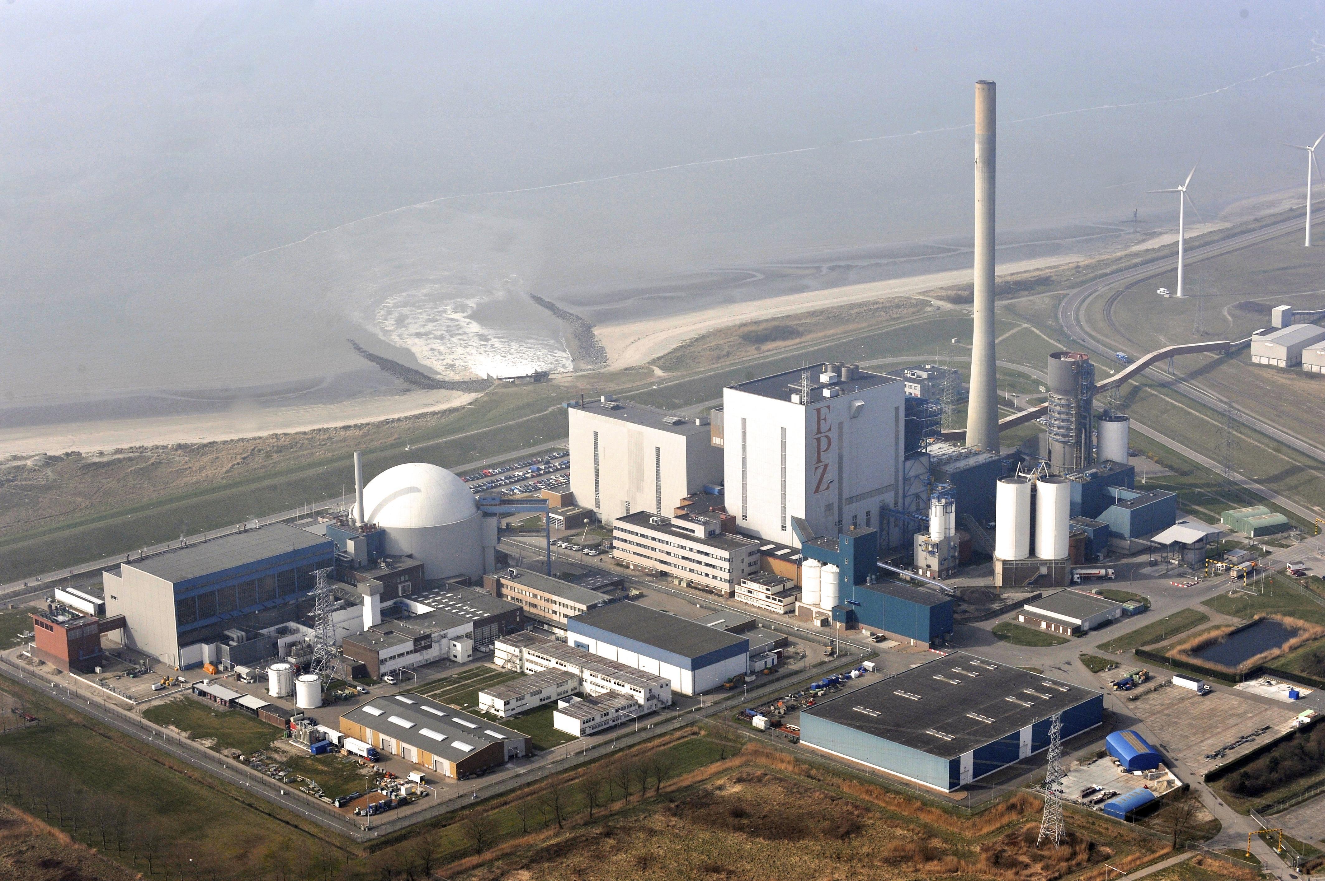 In Den Haag wordt openlijk over kernenergie gesproken, maar het debat moet nog loskomen - Commentaar