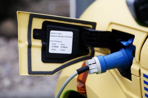 Laadpalen elektrische auto's niet in alle wijken welkom