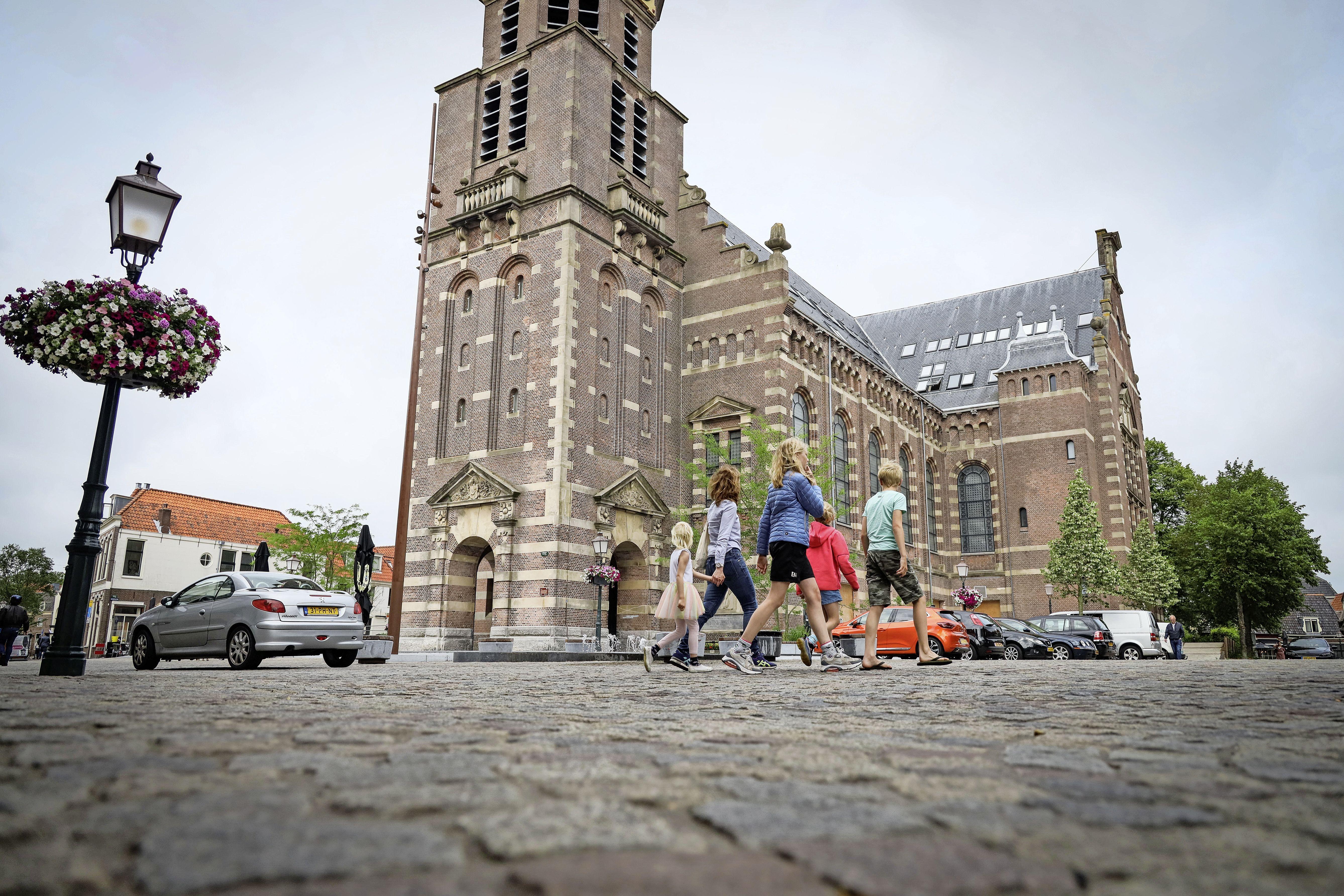 Hoorn wil rond 2027 'zero-emissiezone' invoeren voor vrachtverkeer in binnenstad