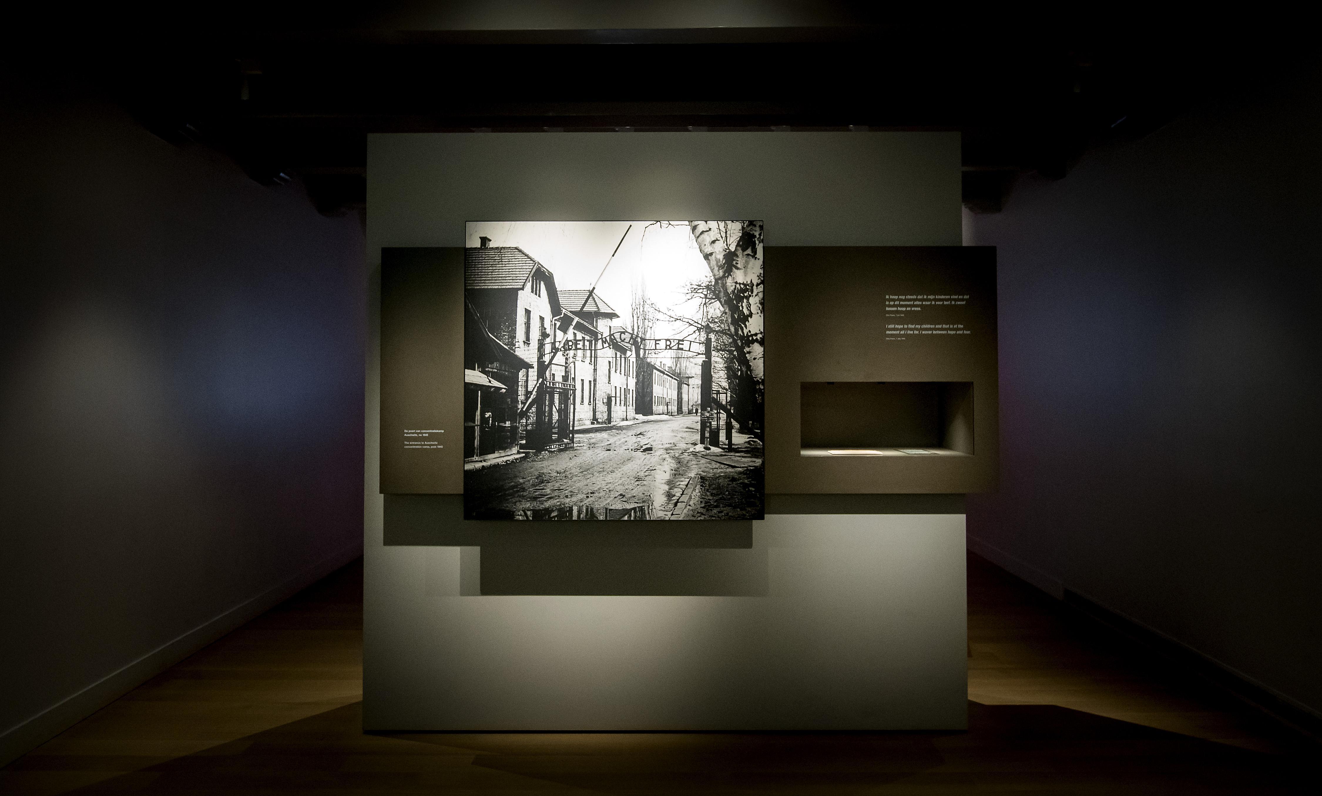 Anne Frank Stichting wint drie 'Oscars van het internet'
