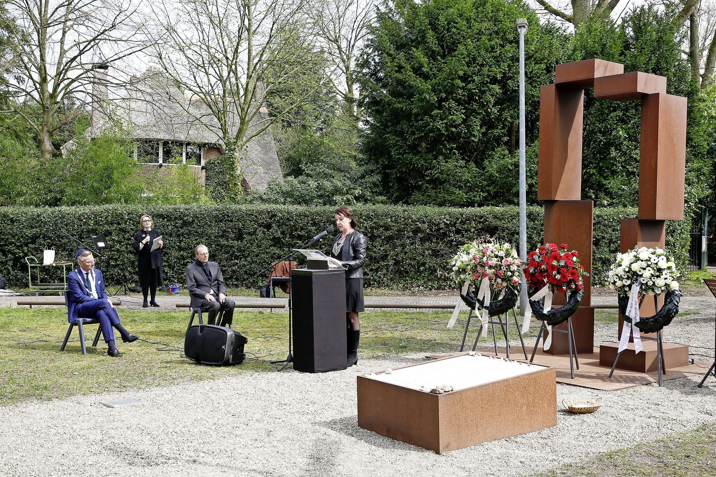 48 Joodse kinderen in Laren werden vermoord door nazi's. Ineke Hilhorst dook in het verhaal; 'Ik was in shock toen ik dit hoorde. Hoezo wist niemand dit?'