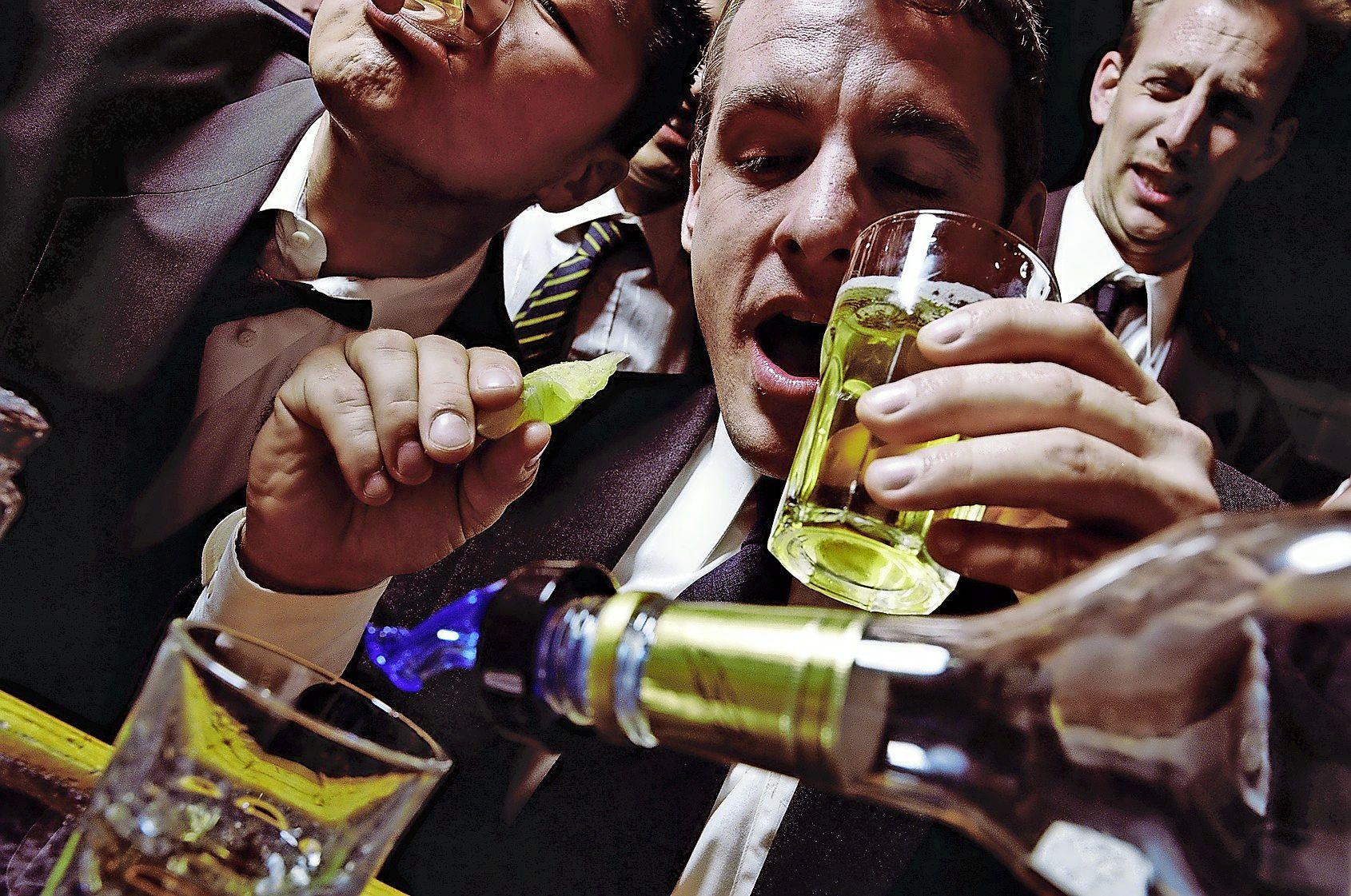 Nederland zou veel meer moeten ondernemen tegen alcoholmisbruik   Opinie