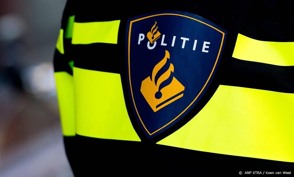 Politie lost waarschuwingsschot wegens man met nepwapen