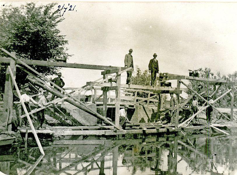 Honderd jaar geleden stapte Uitgeest over op goed drinkwater; verzet tegen 'zonderlinge' tarieven