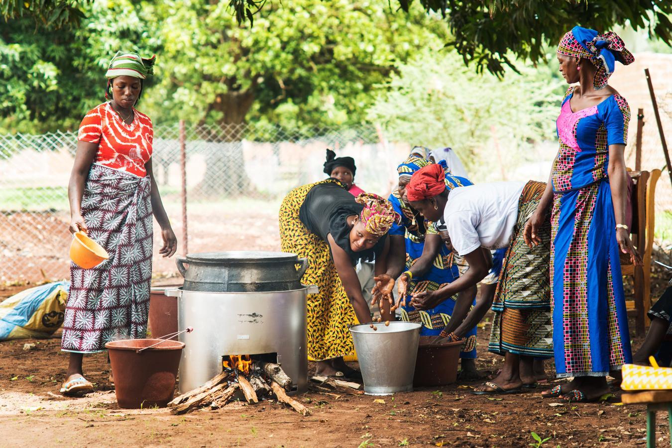 Loders Croklaan verhuist productie van populaire shea-boter deels van Wormerveer naar Ghana [video]