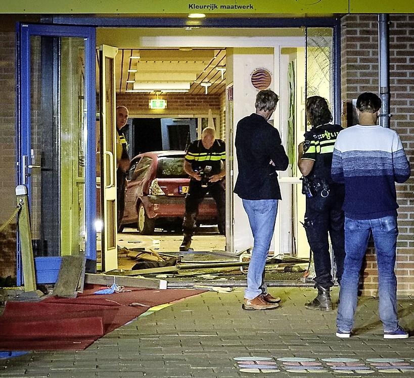 Basisschool 't Palet in Grootebroek wil graag rechtszaak volgen tegen vader die in juli school binnenreed