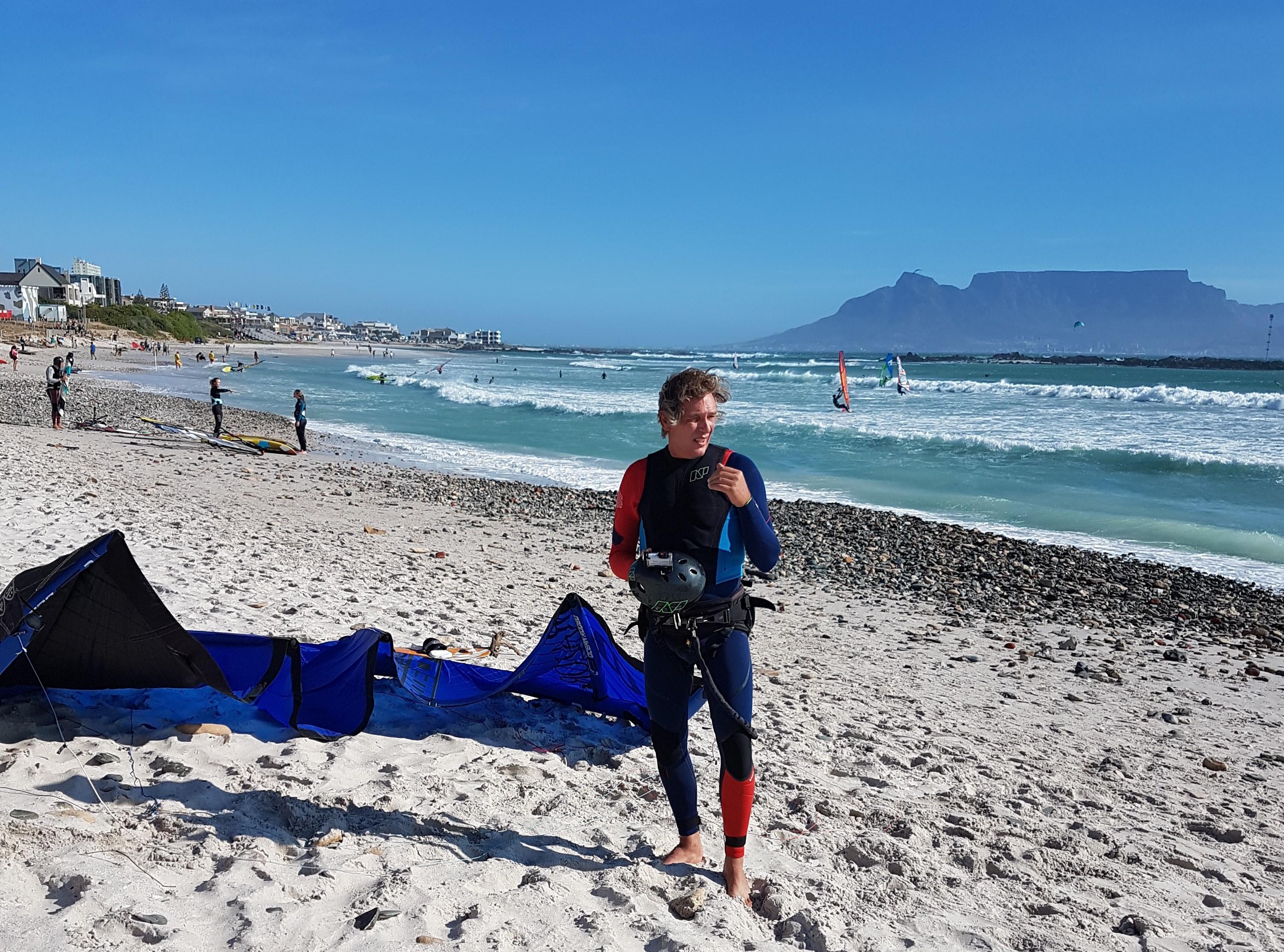 Zandvoortse kitesurfer (60) heeft een halve long: 'Elke dag die ik nu extra leef, kan ik erg waarderen' [video]
