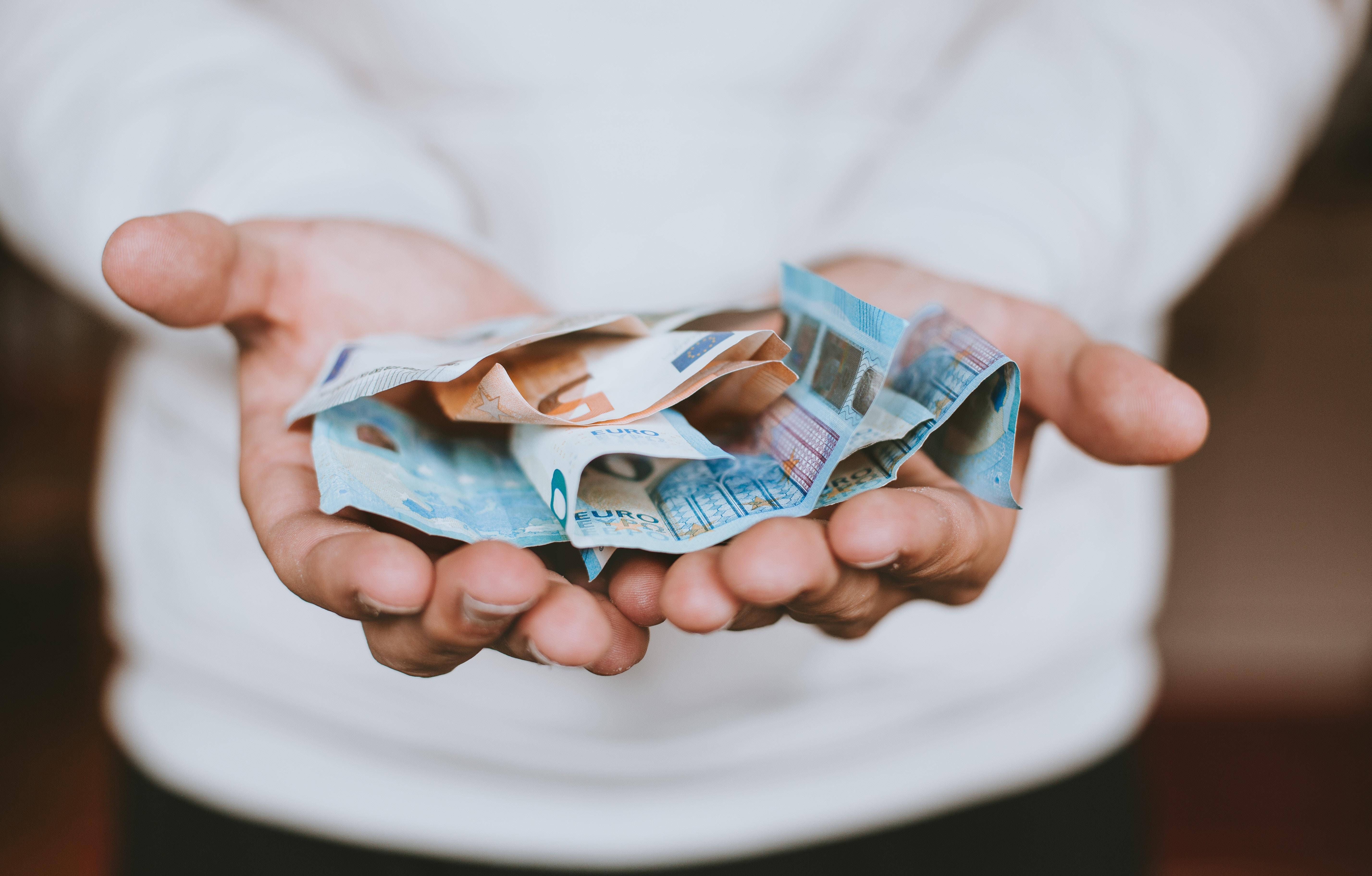 Directeur GGD Hollands Noorden wil alsnog uit eigen middelen zorgbonus voor personeel uitkeren: 'Het zal geen duizend euro netto worden, zoals het rijk beschikbaar stelt'