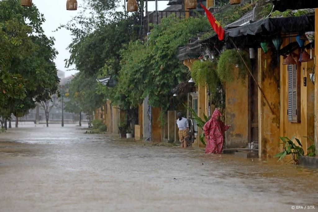 Minstens 13 doden door aardverschuivingen na tyfoon in Vietnam