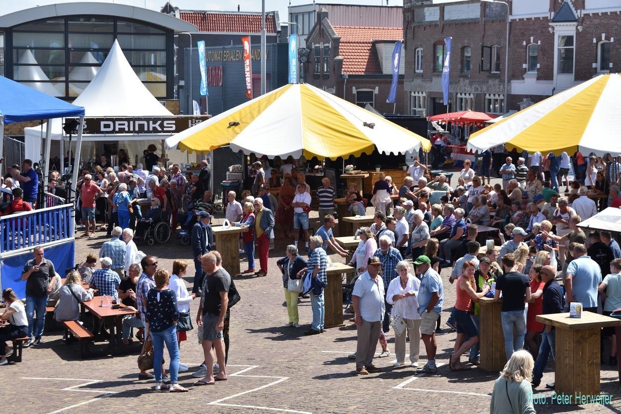 Kijken naar bijzondere schepen of meevaren op Havenfestival IJmuiden