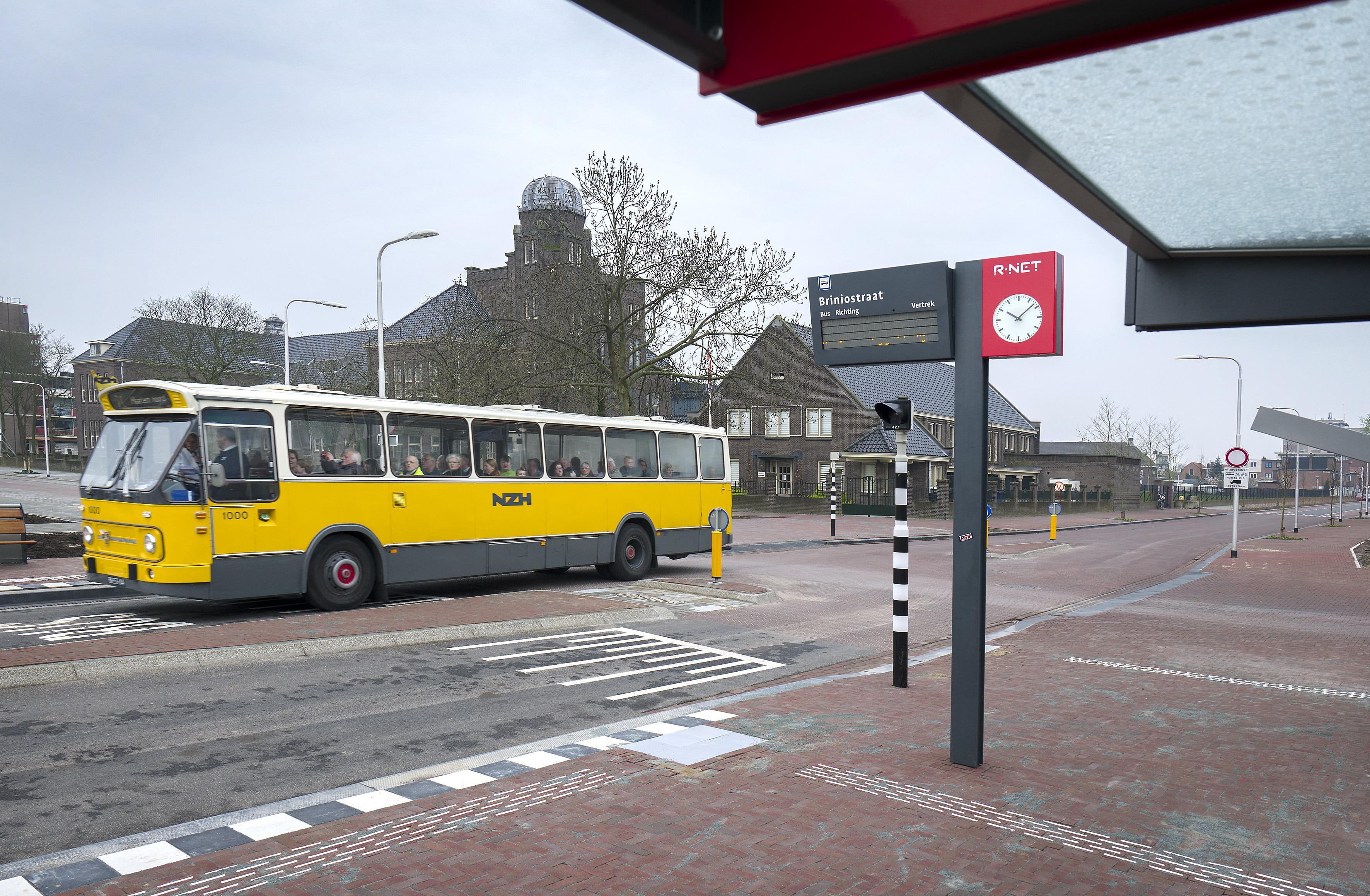 Horkerige buschauffeurs zijn van alle tijden | Column