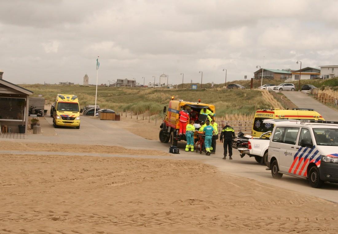 Voorbijganger redt bewusteloze man uit zee