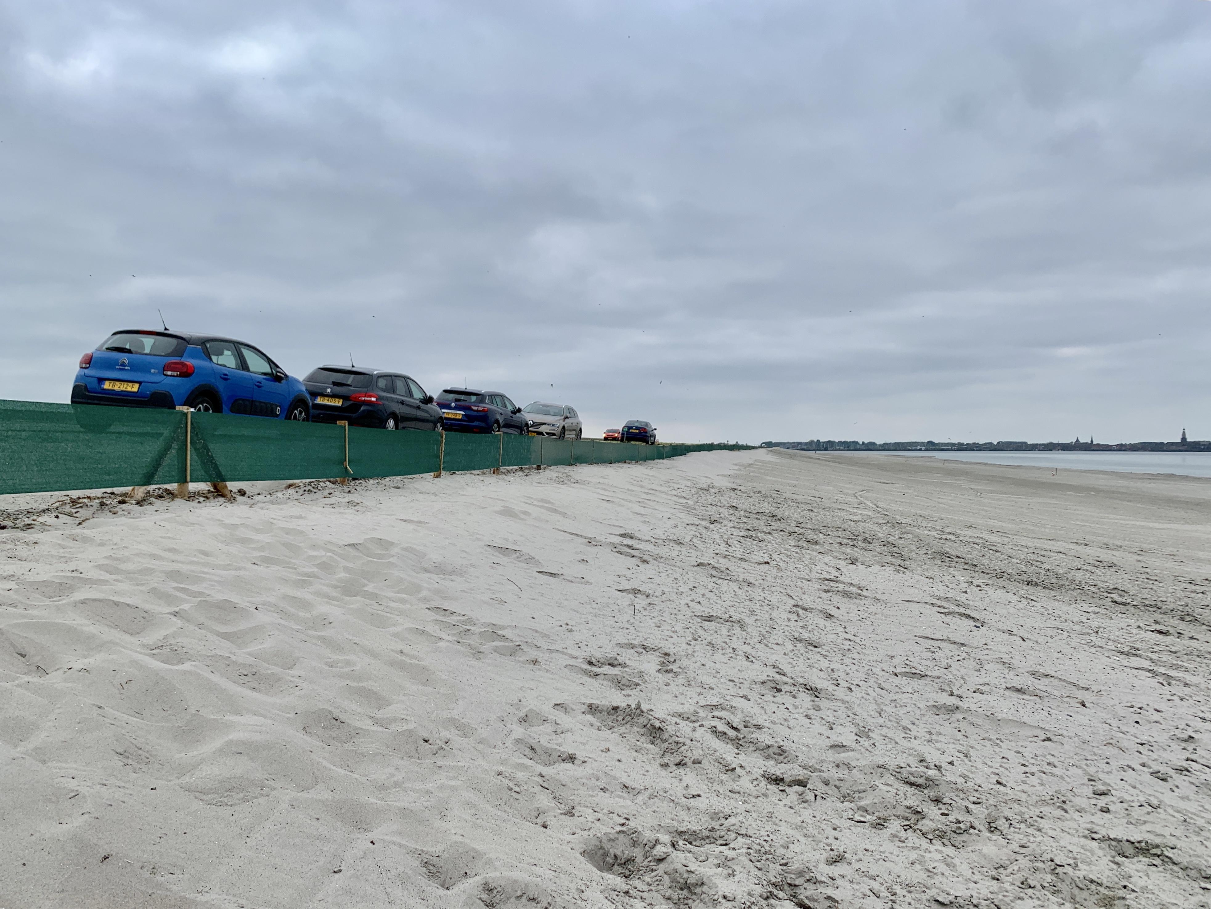 Megaproject krijgt vorm: verboden strand langs Houtribdijk voor één keer toegankelijk voor publiek