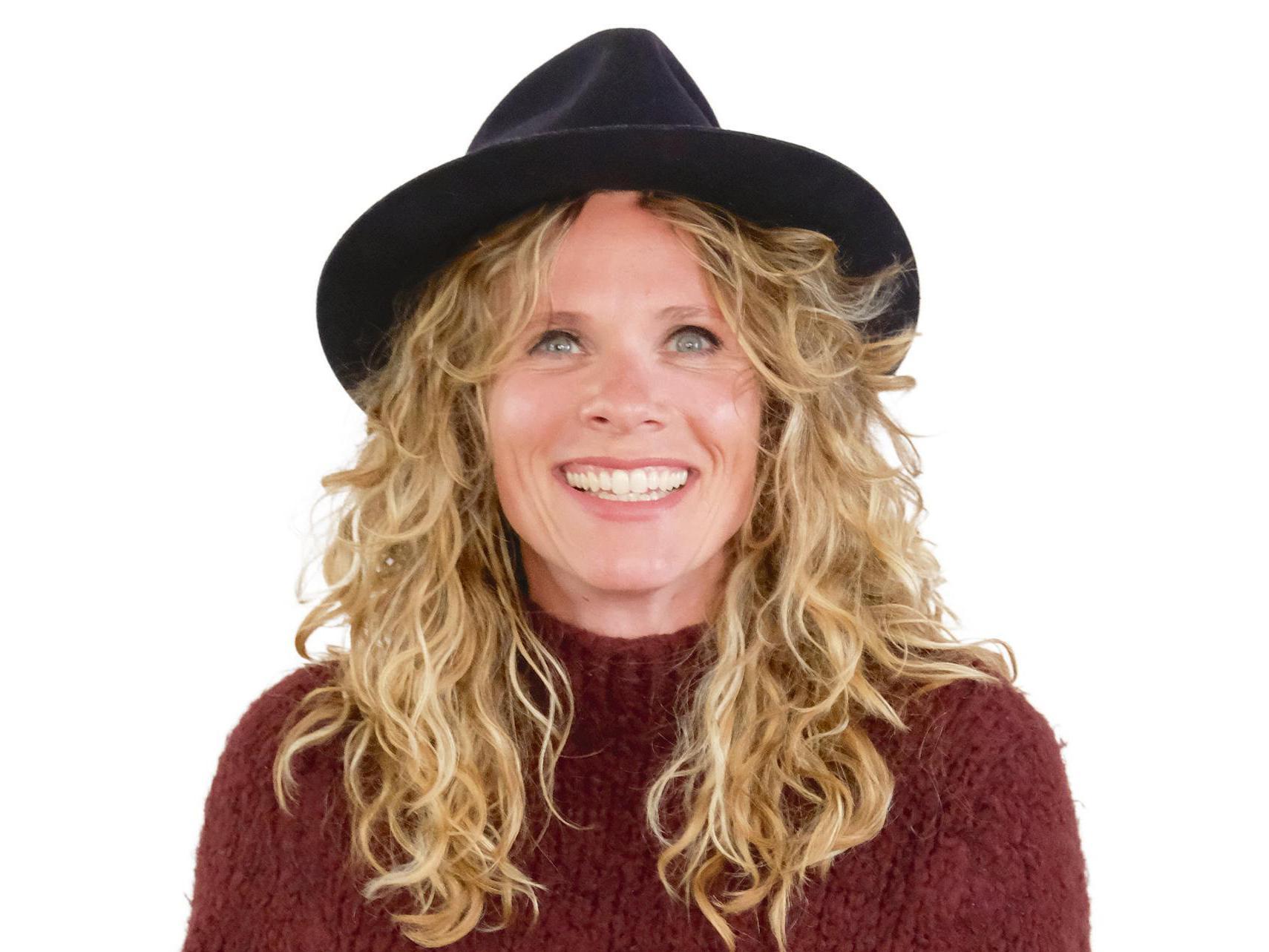 Niki Jacobs voelt zich beknot in haar vrijheid | column