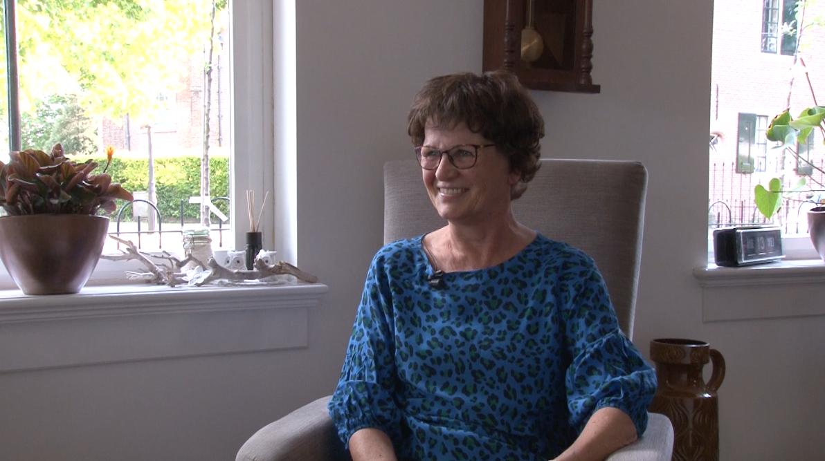 Alzheimerafdeling neemt film met tips op voor mantelzorgers: 'Op deze manier proberen we contact te houden' [video]