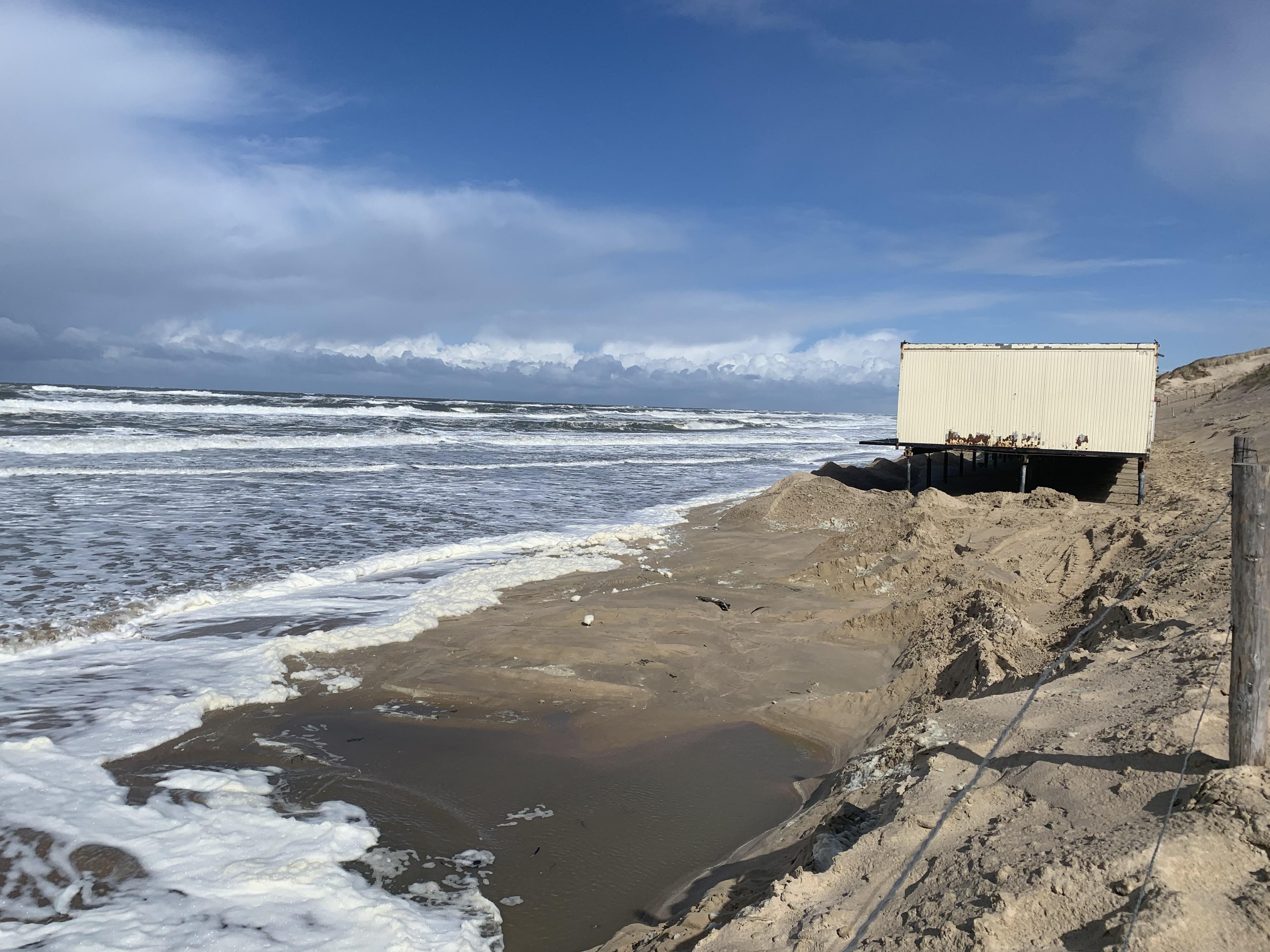 Laat paviljoens tegen de duinen staan | Opinie