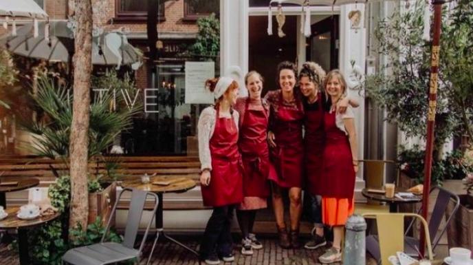 Binnen vijf dagen 10.000 euro aan donaties voor Espressobar Native: 'Dit hadden wij nooit durven dromen'