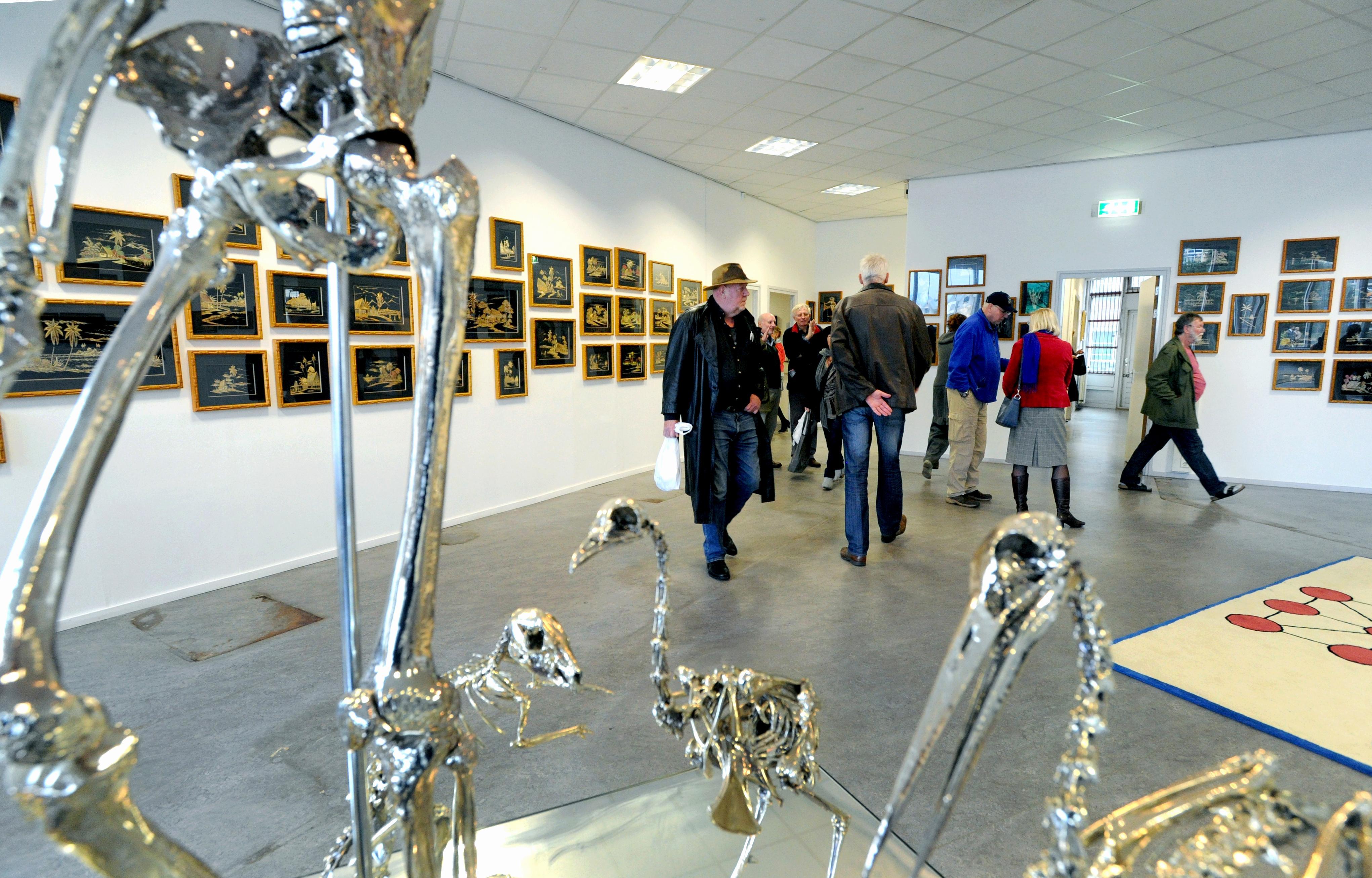 Met het veilen van de in beslag genomen kunst van Rob Scholte dreigen ook bruiklenen verkocht te worden. Eigenaar wil ze terug, om ze ooit weer te lenen aan een nieuw Rob Scholte Museum