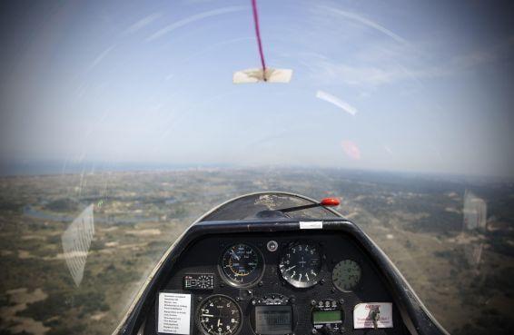 Vliegen als een vogel - de lucht in met de Kennemer Zweefvlieg Club [video]