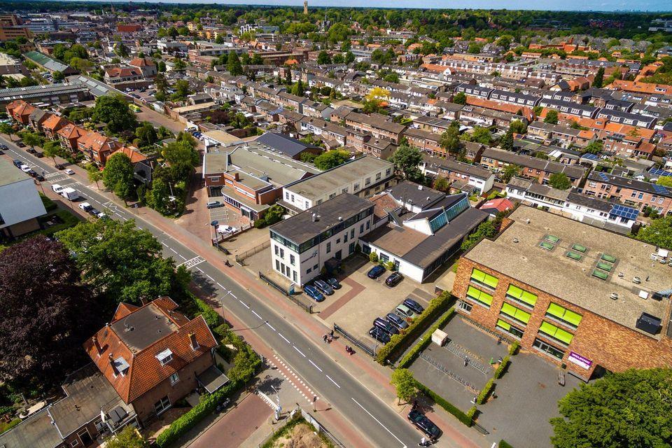 45 appartementen en kantoorruimte in oude Wybertjesfabriek aan de Larenseweg in Hilversum